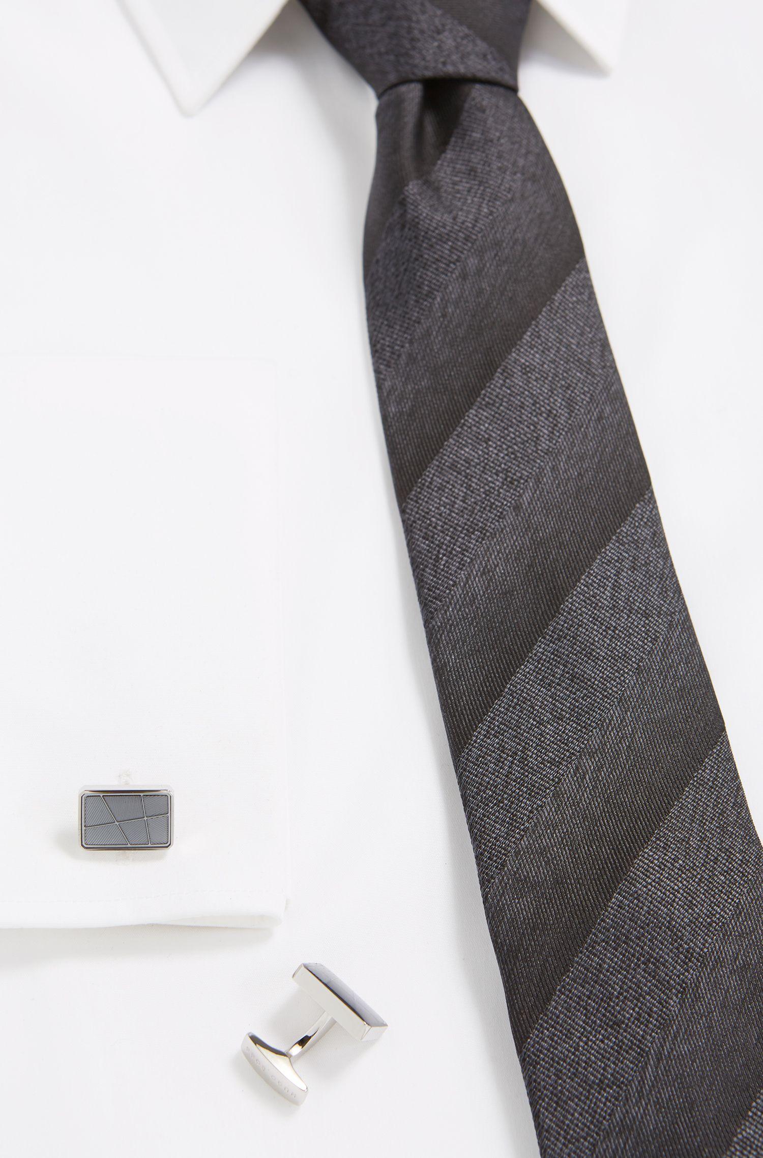 'Rodge' | Brass Etched Cufflinks