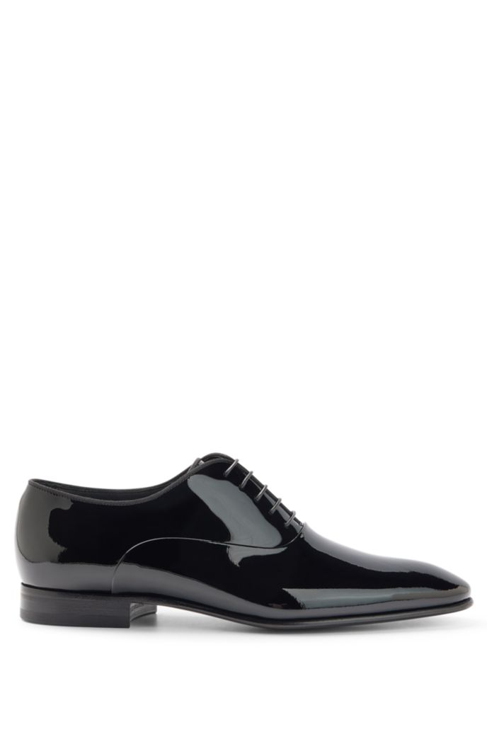Patent leather Oxford shoes with grosgrain collar piping