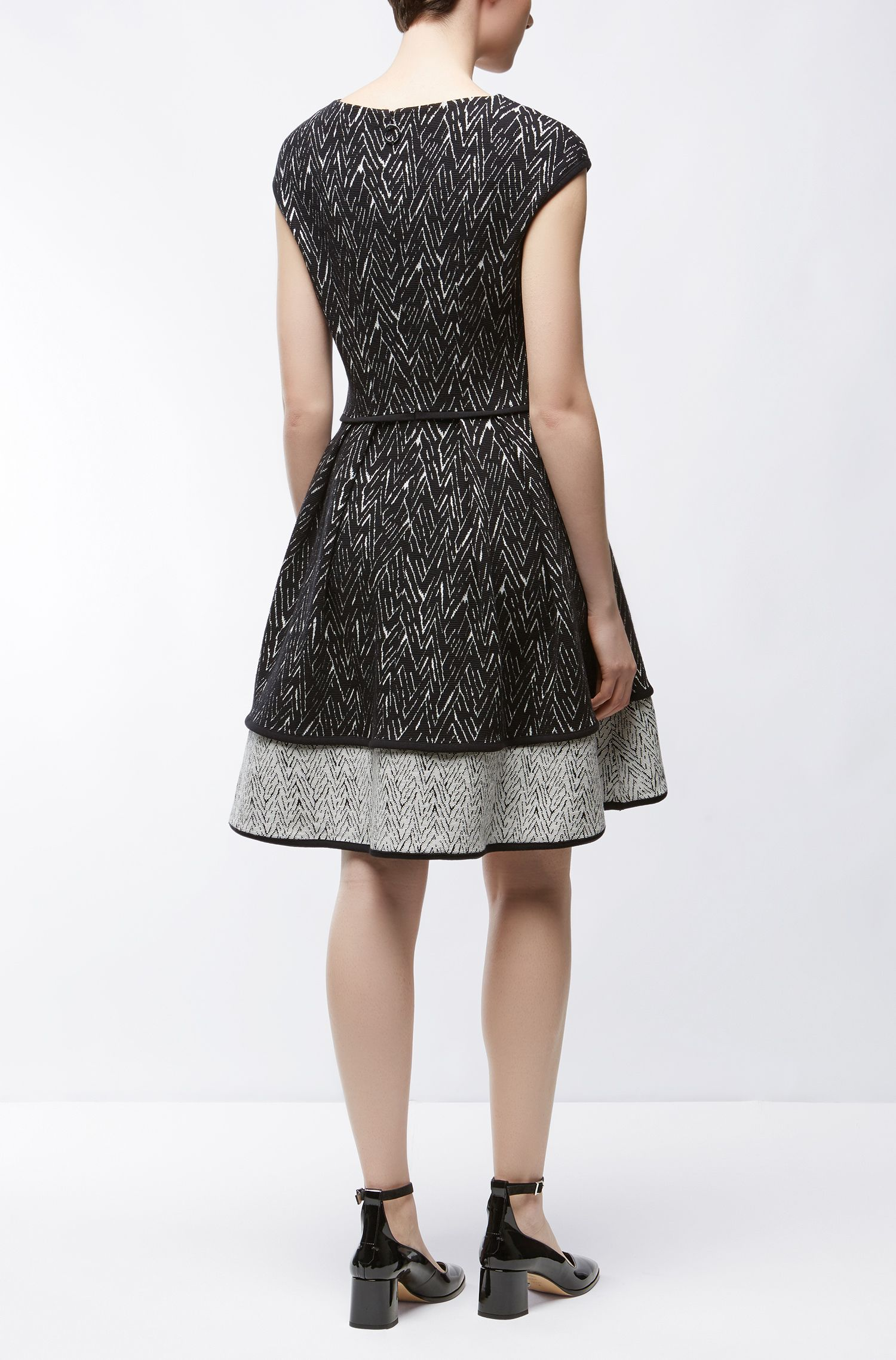 Zig-Zag Jacquard Stretch Cotton Dress | Nikena