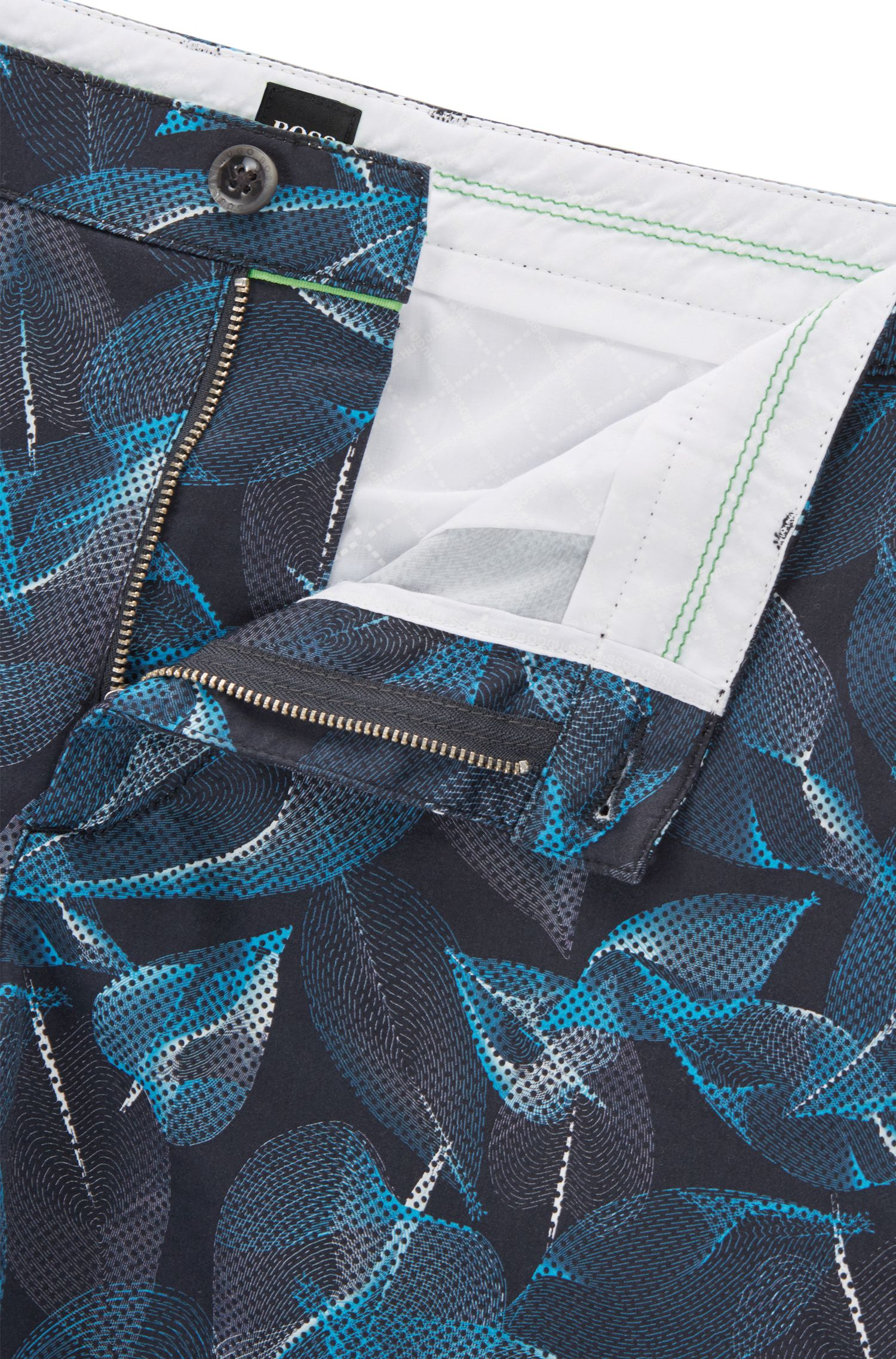 Printed Sateen Stretch Cotton Short, Slim Fit   Liem Print W