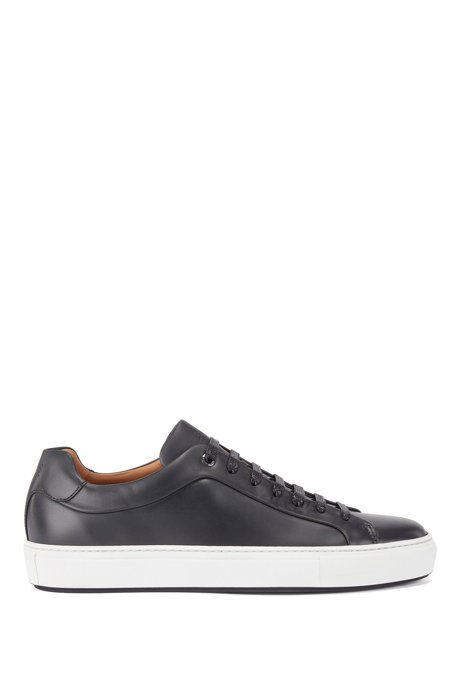 Low-top trainers in burnished calf leather, Black