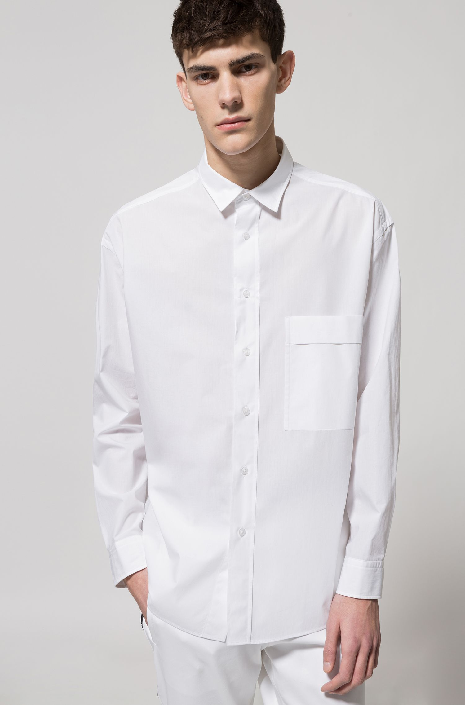 Relaxed-fit shirt in paper-touch cotton canvas