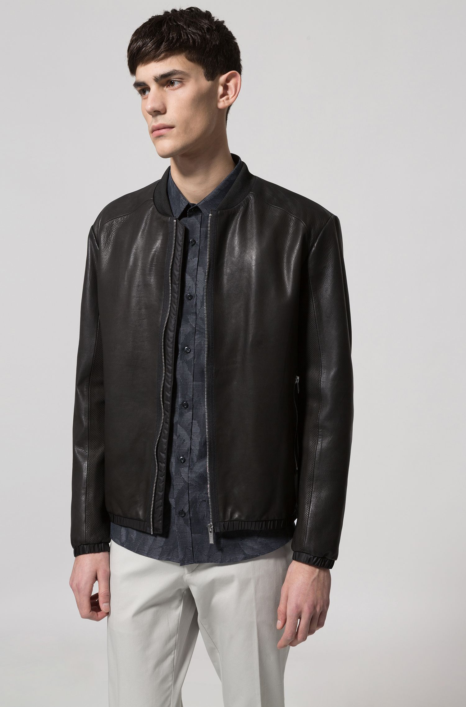 Slim-fit cotton shirt with jacquard banana-leaf pattern, Black