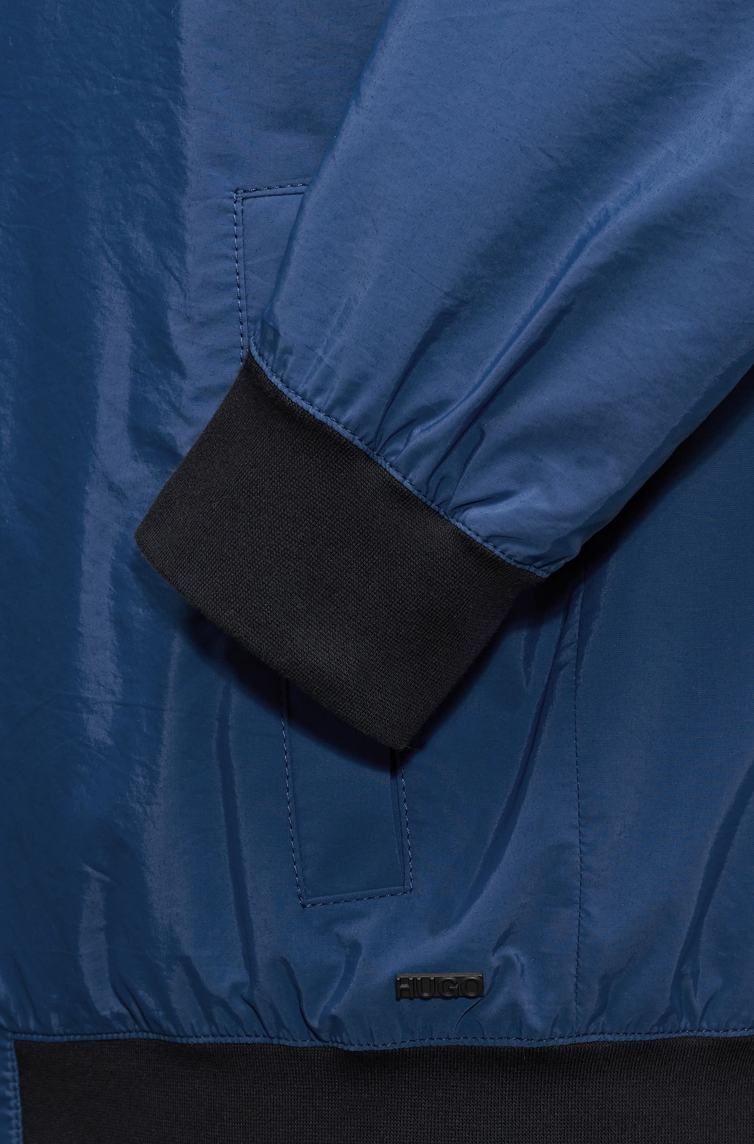 Bomber jacket in a water-repellent technical blend, Dark Blue