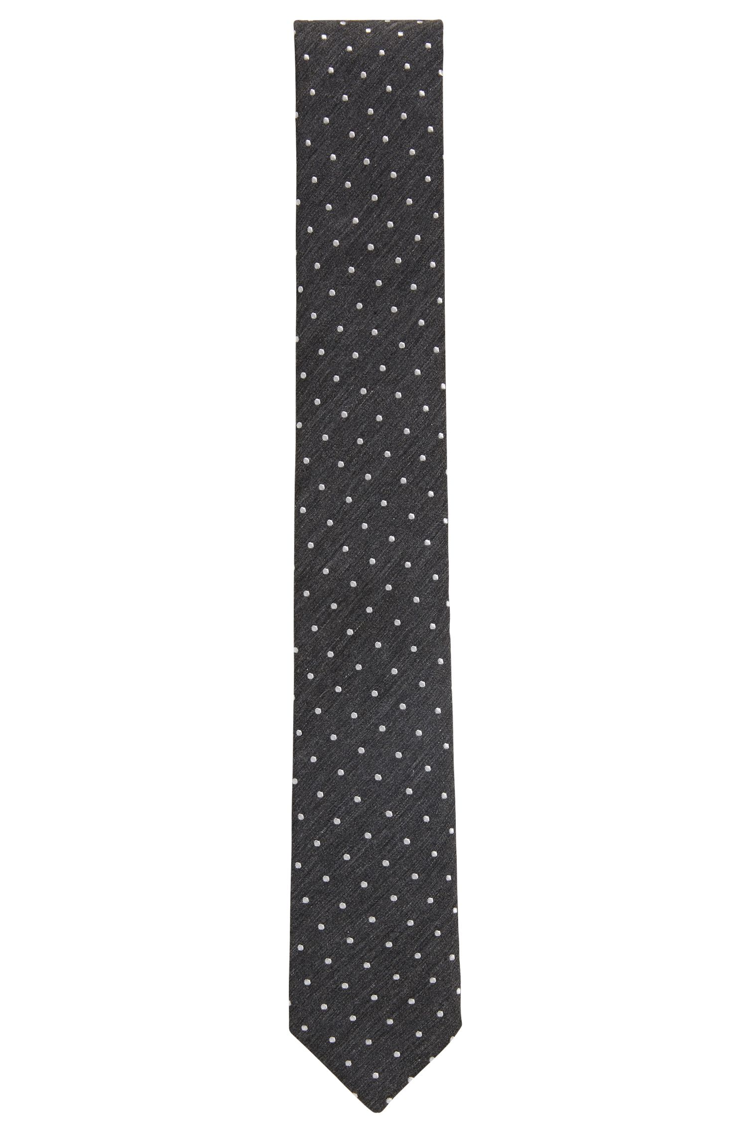 Italian-made jacquard-woven tie with dot motif