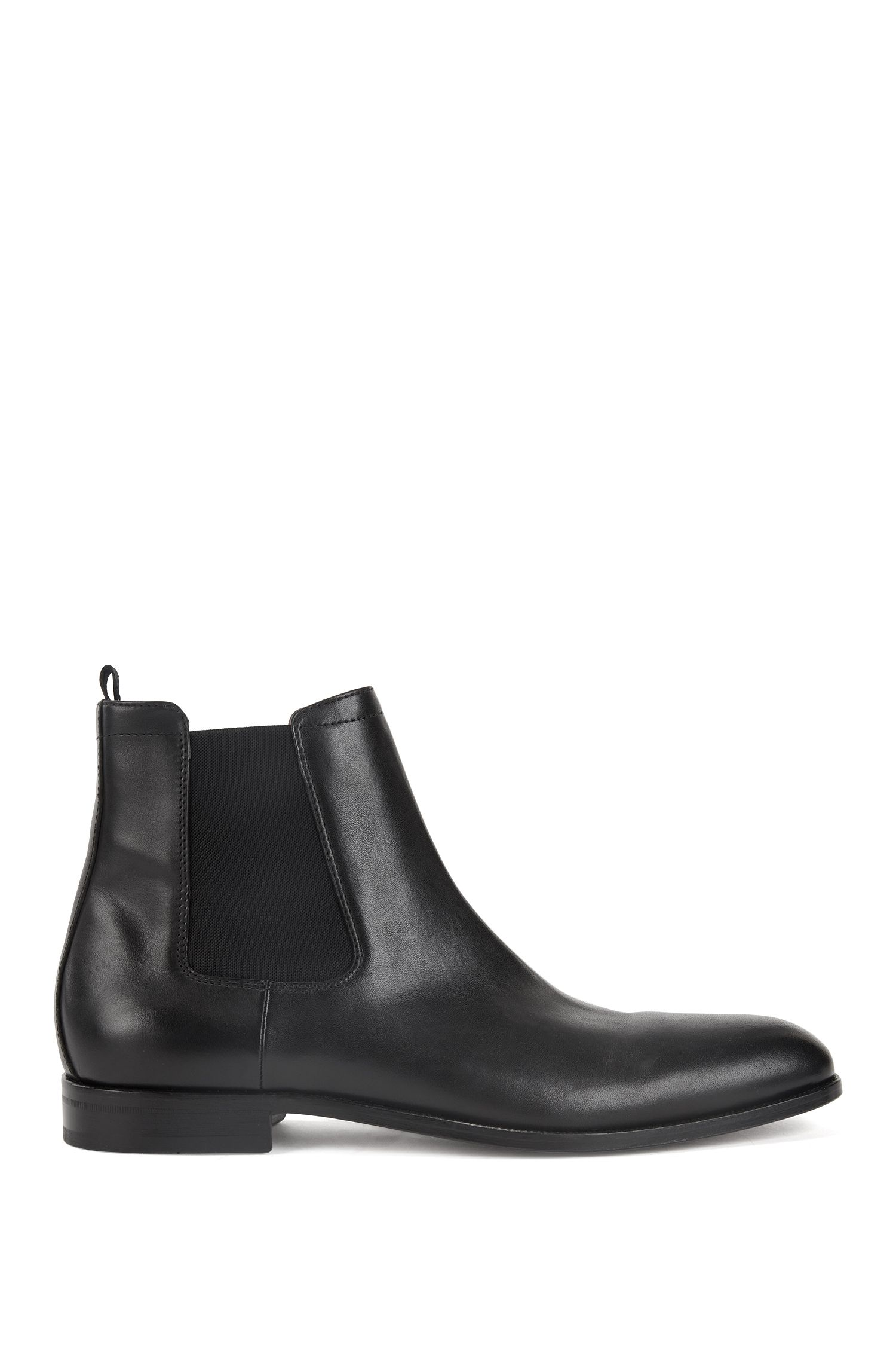 Italian-made Chelsea boots with calf-leather uppers
