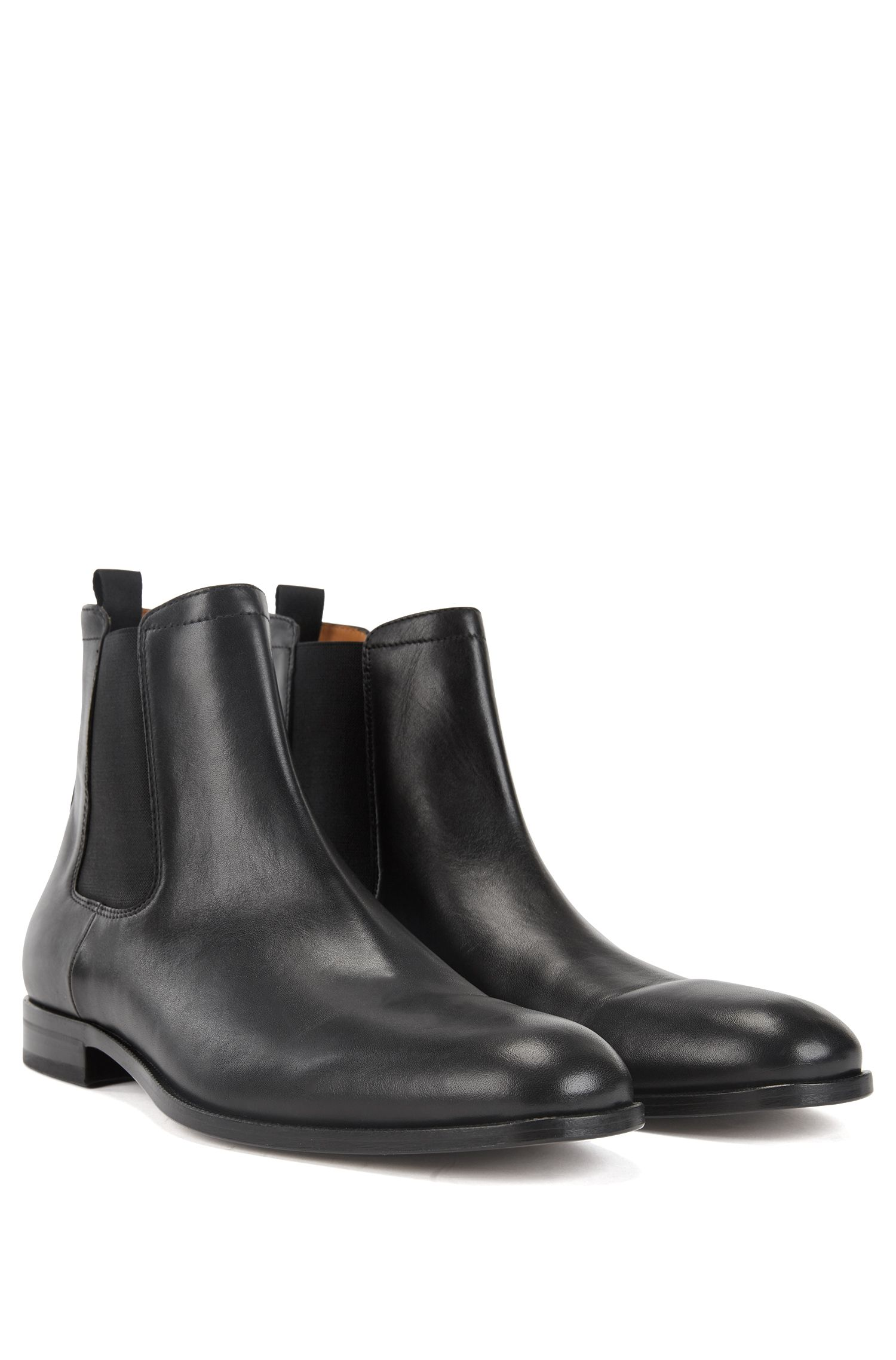Italian-made Chelsea boots with calf-leather uppers, Black