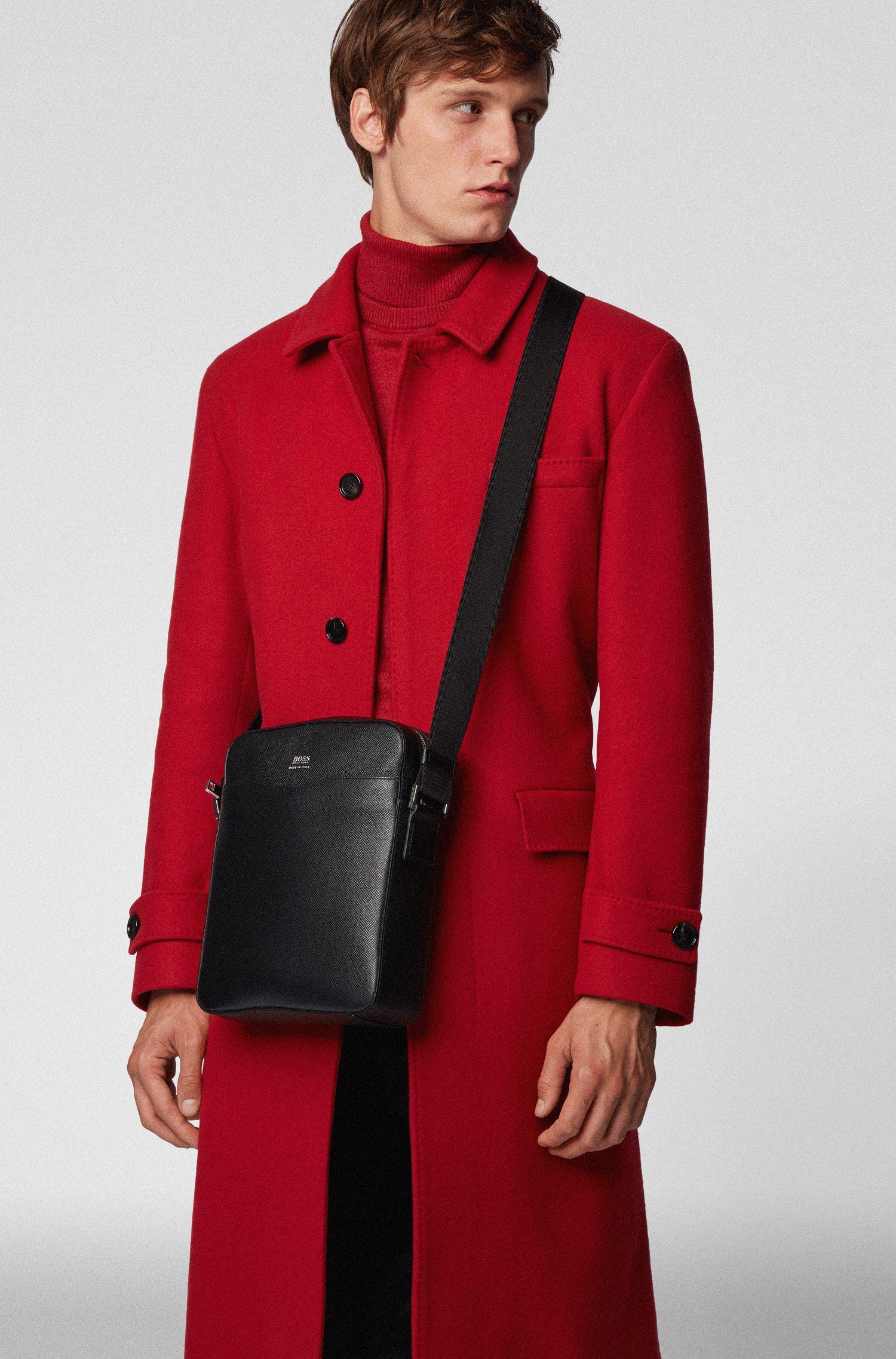 Reporter bag in grained palmellato leather, Black
