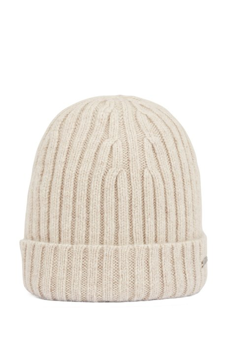 Beanie hat in pure cashmere with turnback hem, Natural