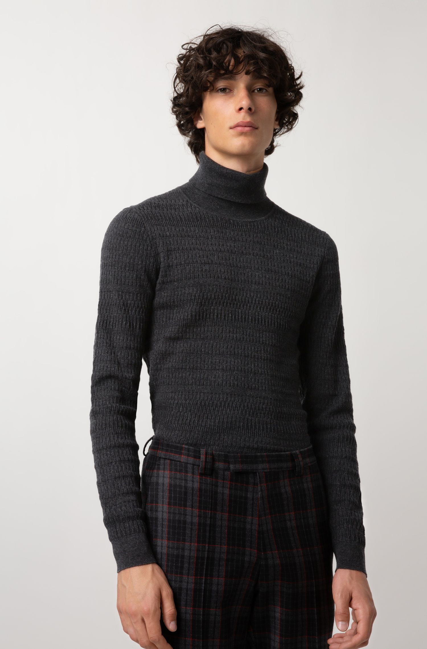 Extra-slim-fit turtleneck sweater in wool and cotton, Charcoal