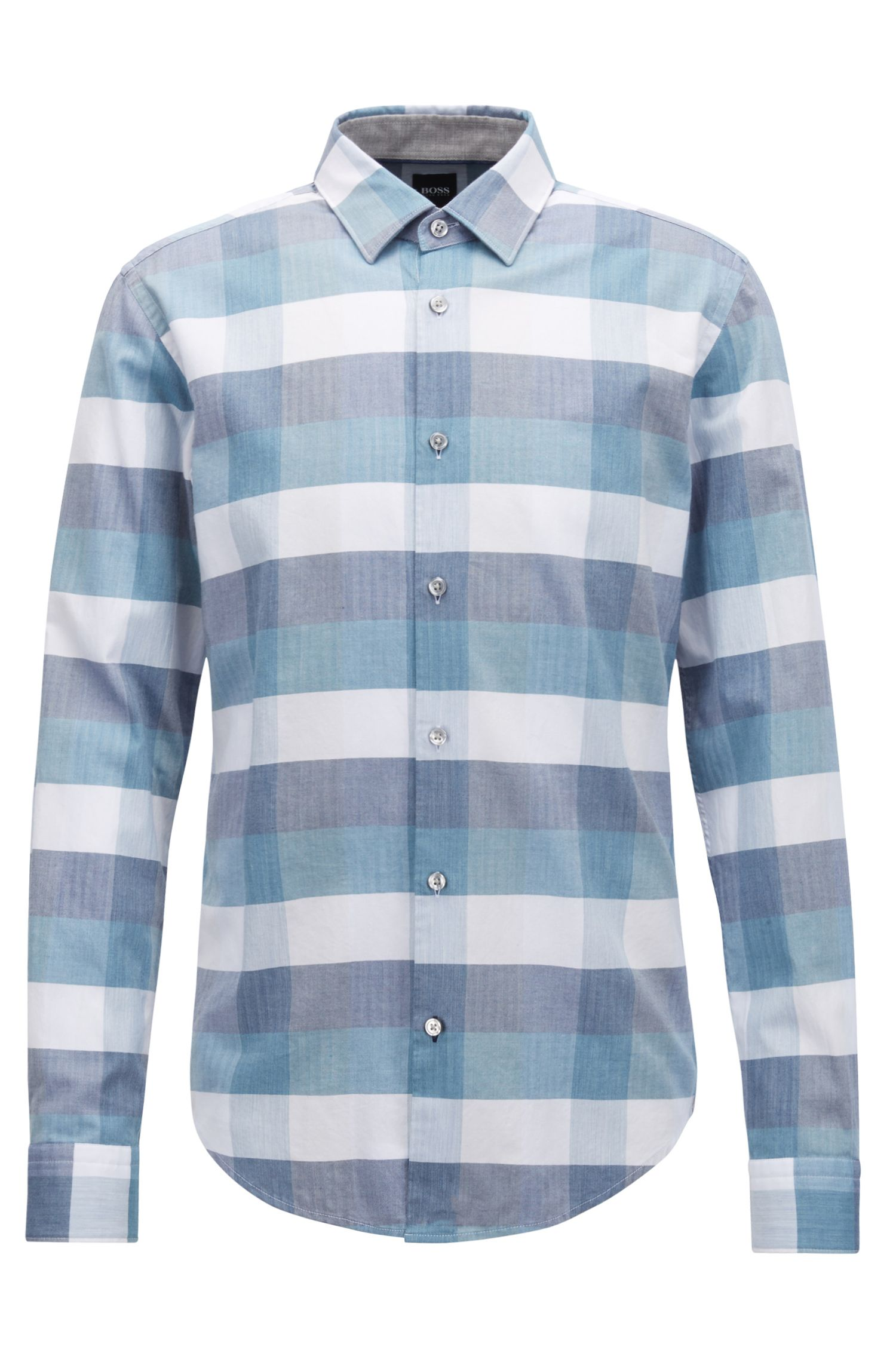 Slim-fit shirt in cotton with large-scale check pattern