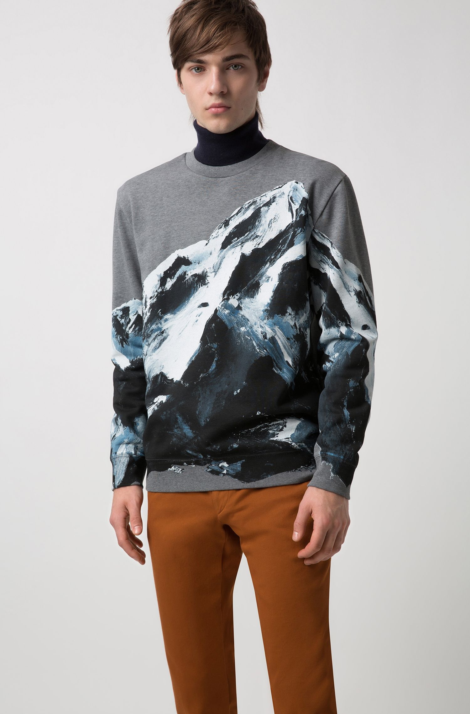 Oversized-fit sweatshirt in cotton with seasonal mountain graphic, Patterned