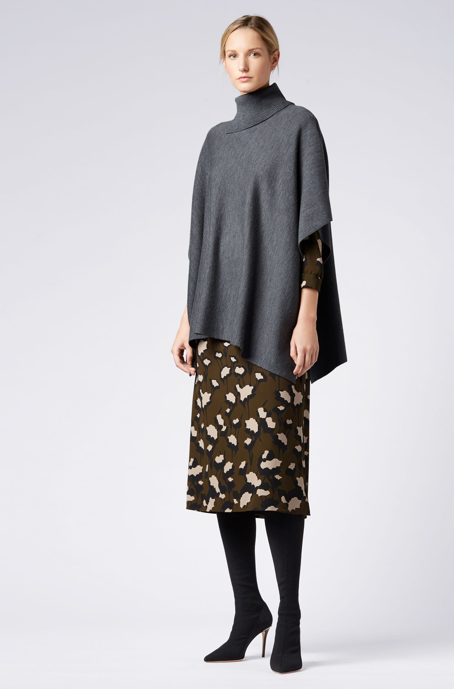 Shawl in virgin wool with slit roll neck, Patterned