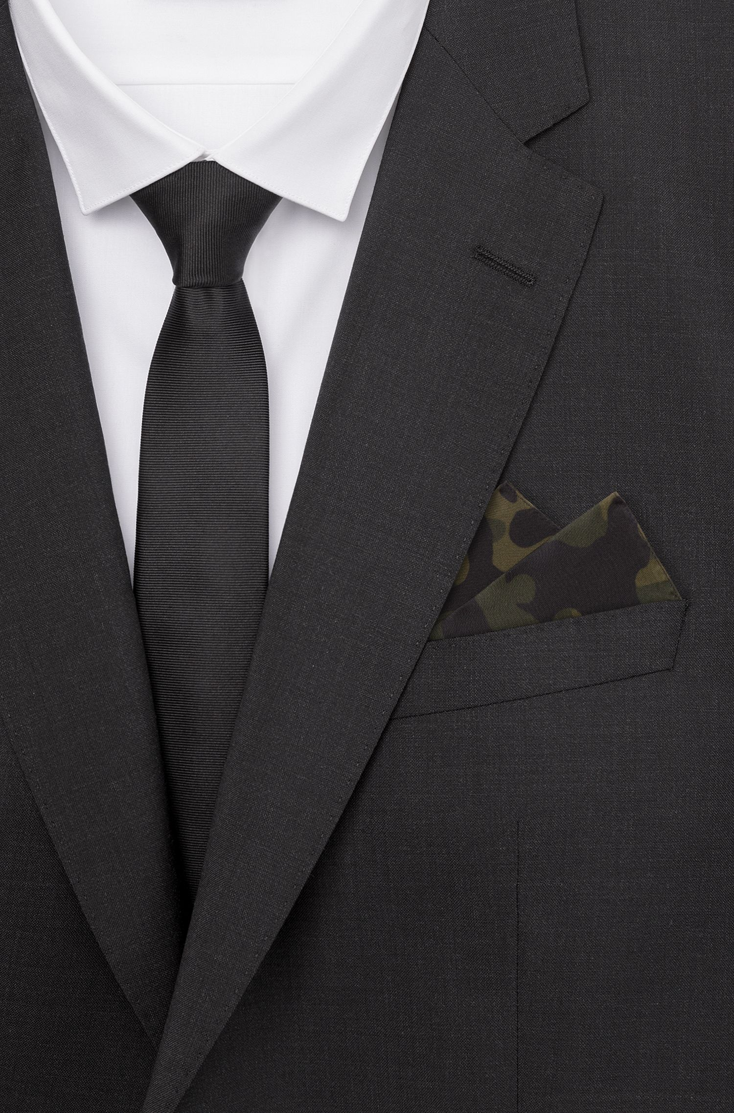 Pocket square in pure silk with camouflage print, Dark Green