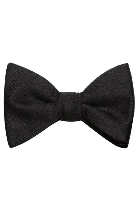 Pre-tied bow tie in virgin wool, Black