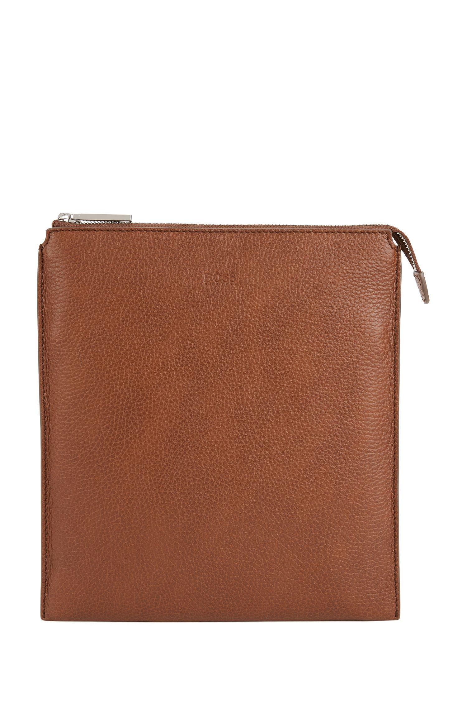 Envelope bag in grainy Italian leather, Light Brown