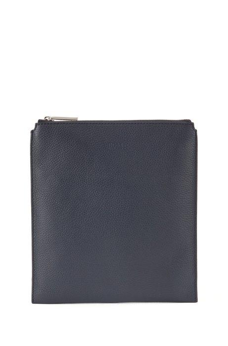 Envelope bag in grainy Italian leather, Dark Blue