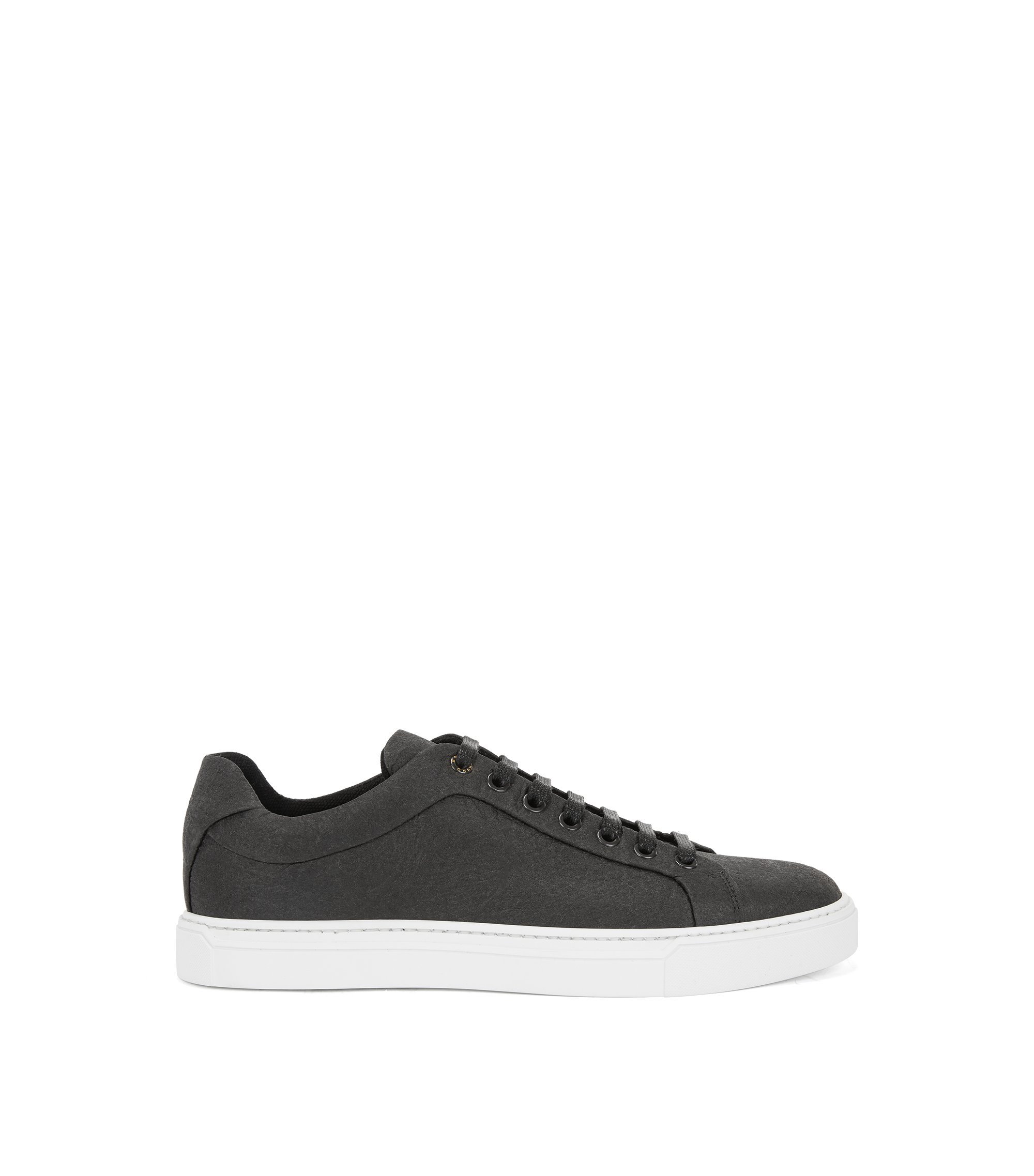 Limited-edition 100% vegan sneakers in Piñatex®, Black