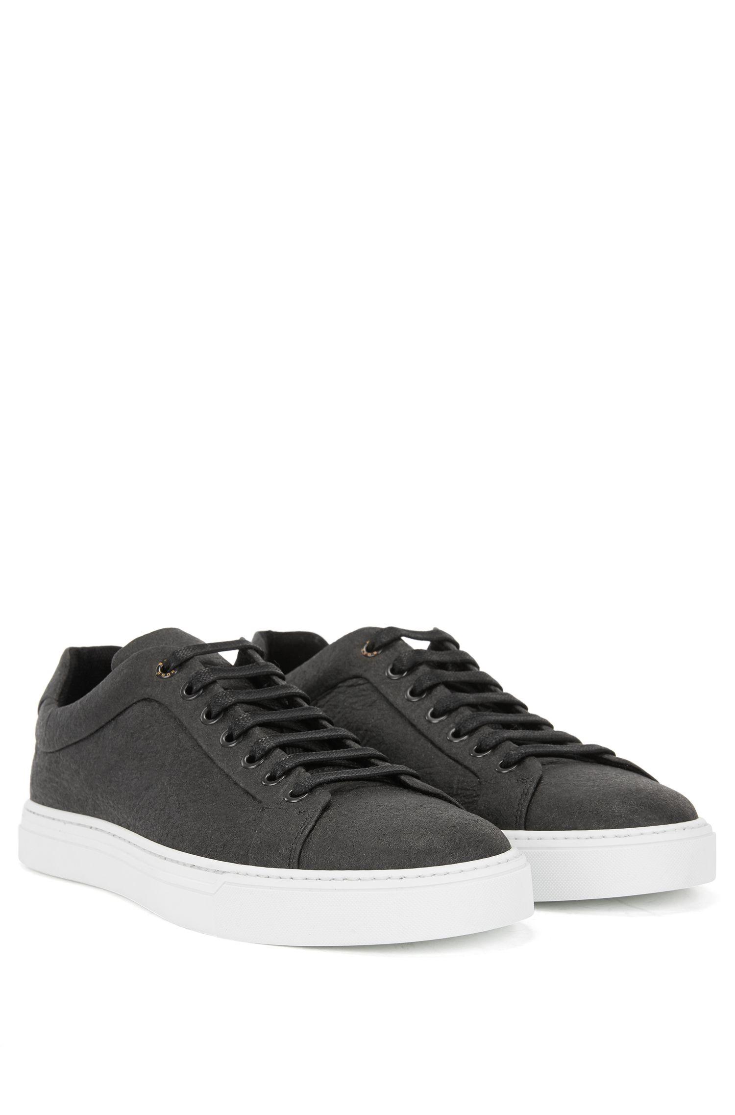 Limited-edition 100% vegan sneakers in Piñatex®, Black