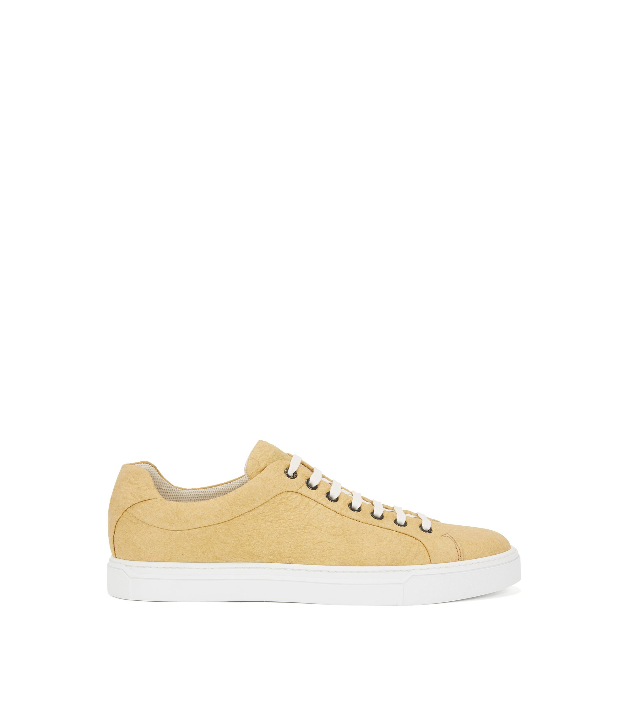 Limited-edition 100% vegan sneakers in Piñatex®, Yellow