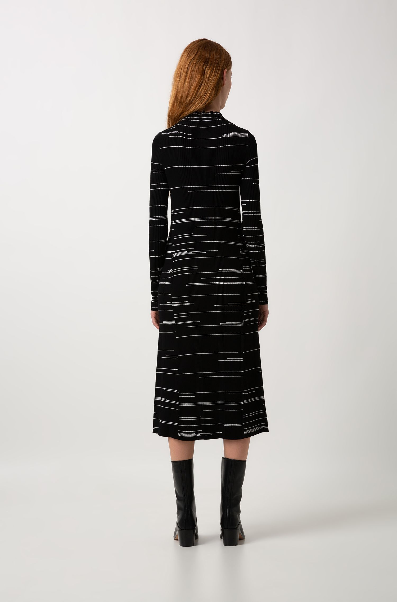 Slim-fit dress in stretch fabric with irregular lines, Patterned
