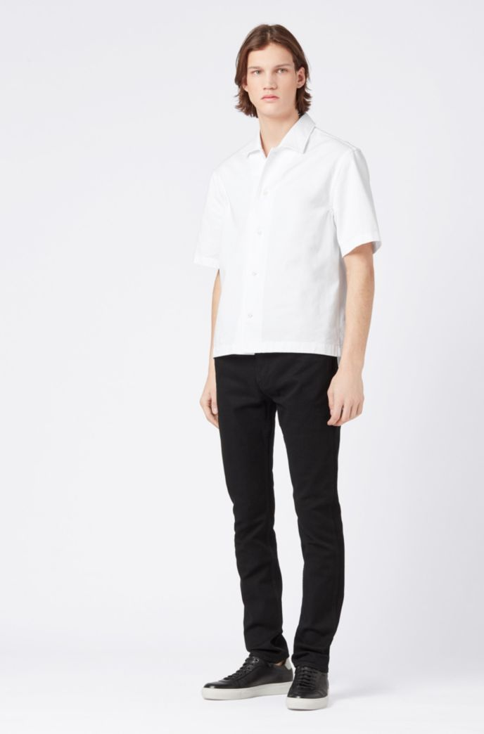 Slim-fit black jeans in Italian stretch denim