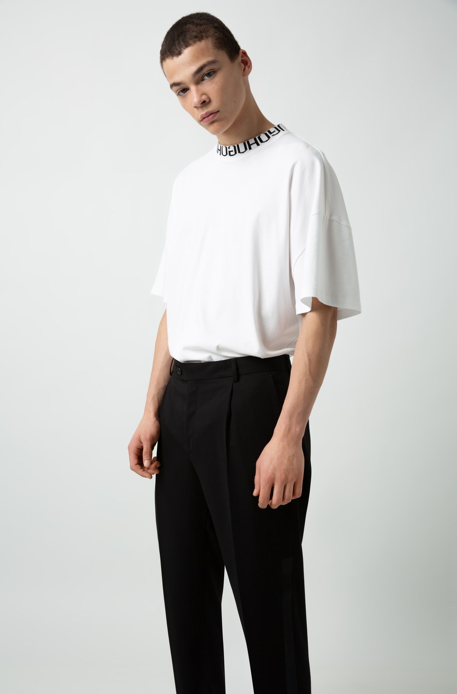 Extra-slim-fit cropped pants with silk stripe, Black