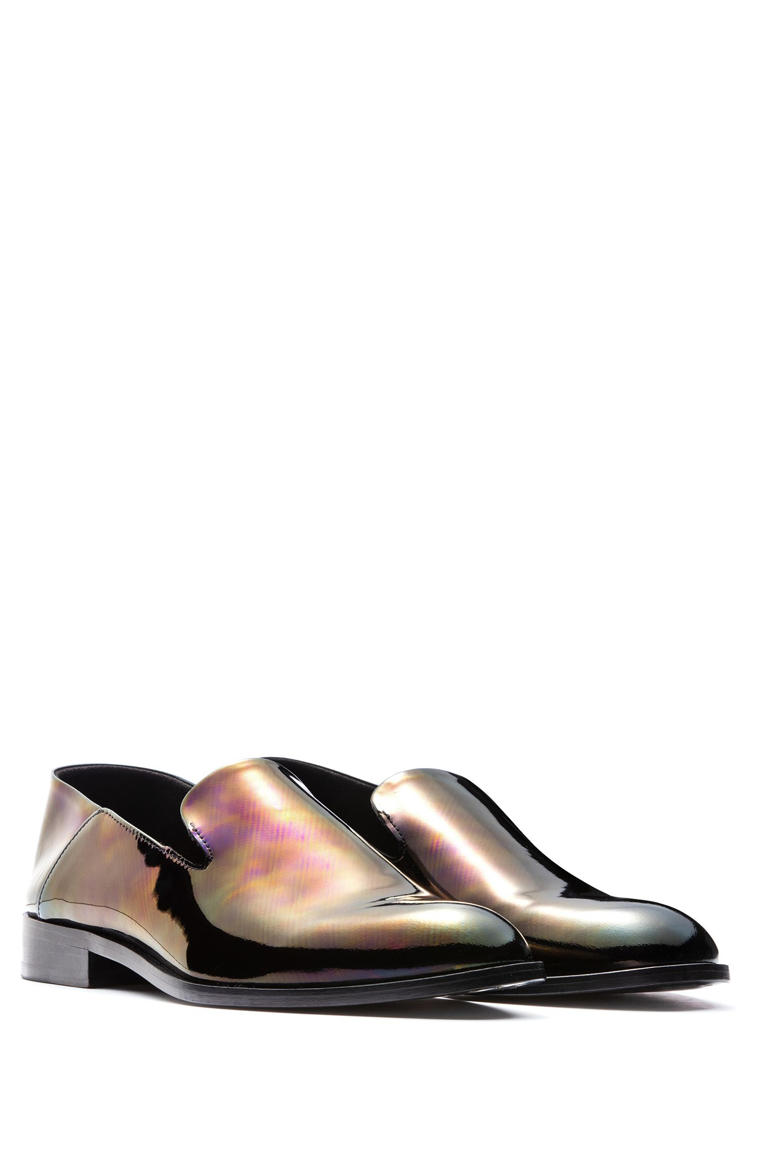 Portuguese-made loafers in patent leather with iridescent finish, Black