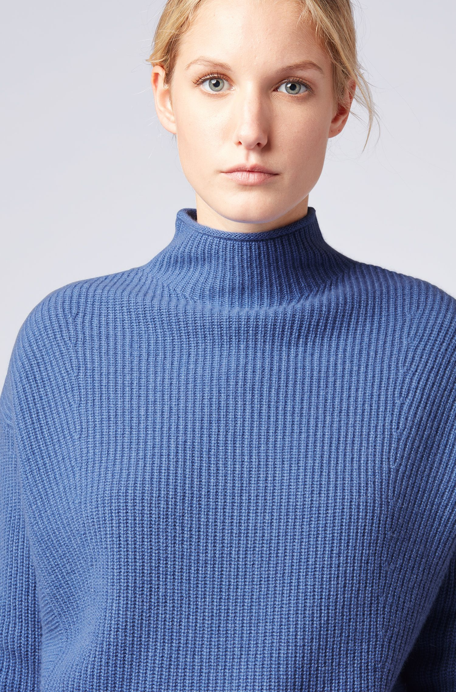 Relaxed-fit sweater in pure cashmere with funnel neck, Blue