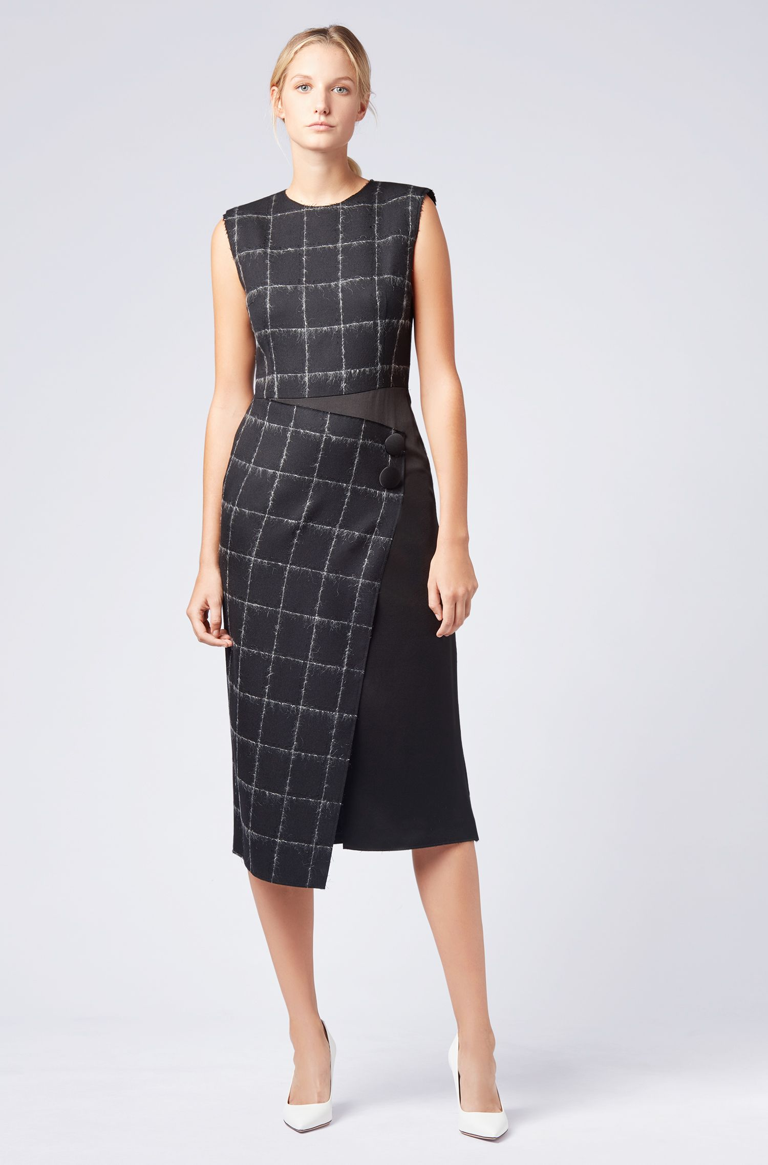 Gallery Collection tailored dress in a checkered wool blend, Patterned