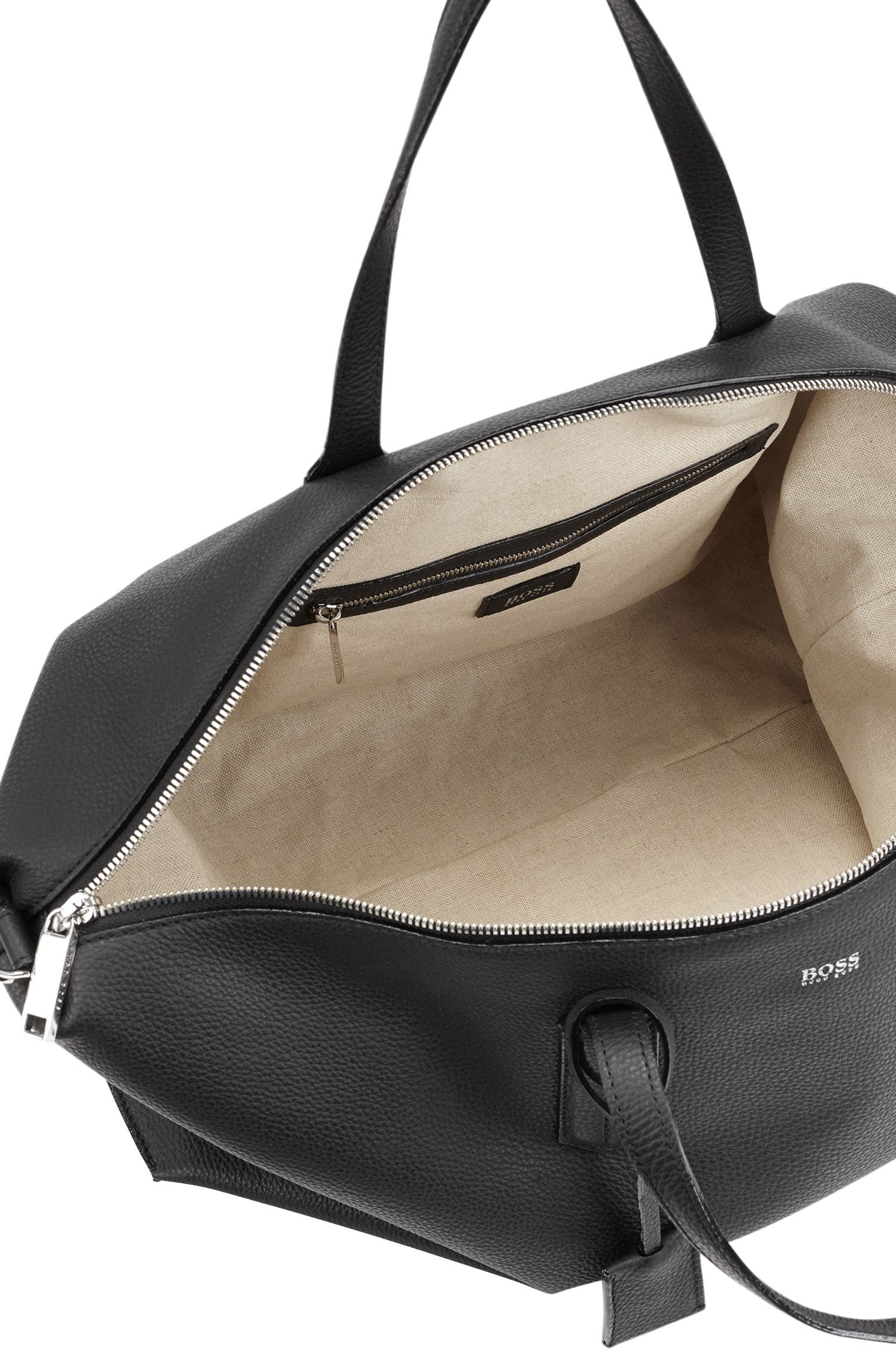 Weekend holdall in grained Italian leather with lock closure, Black