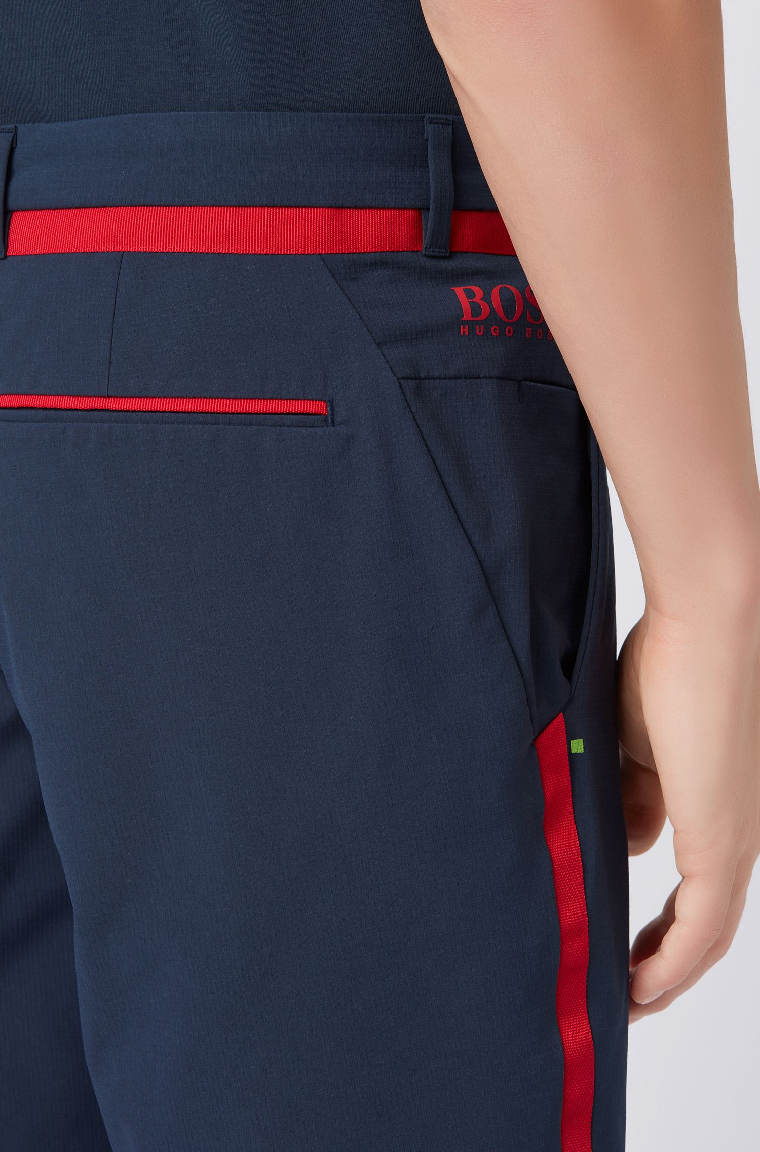Extra-slim-fit water-repellent shorts in stretch ripstop fabric, Dark Blue