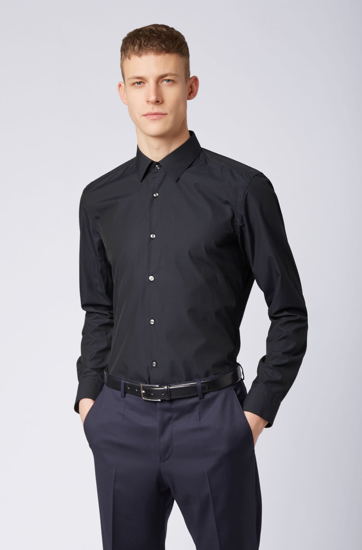 Slim-fit shirt in dobby Egyptian cotton, Black