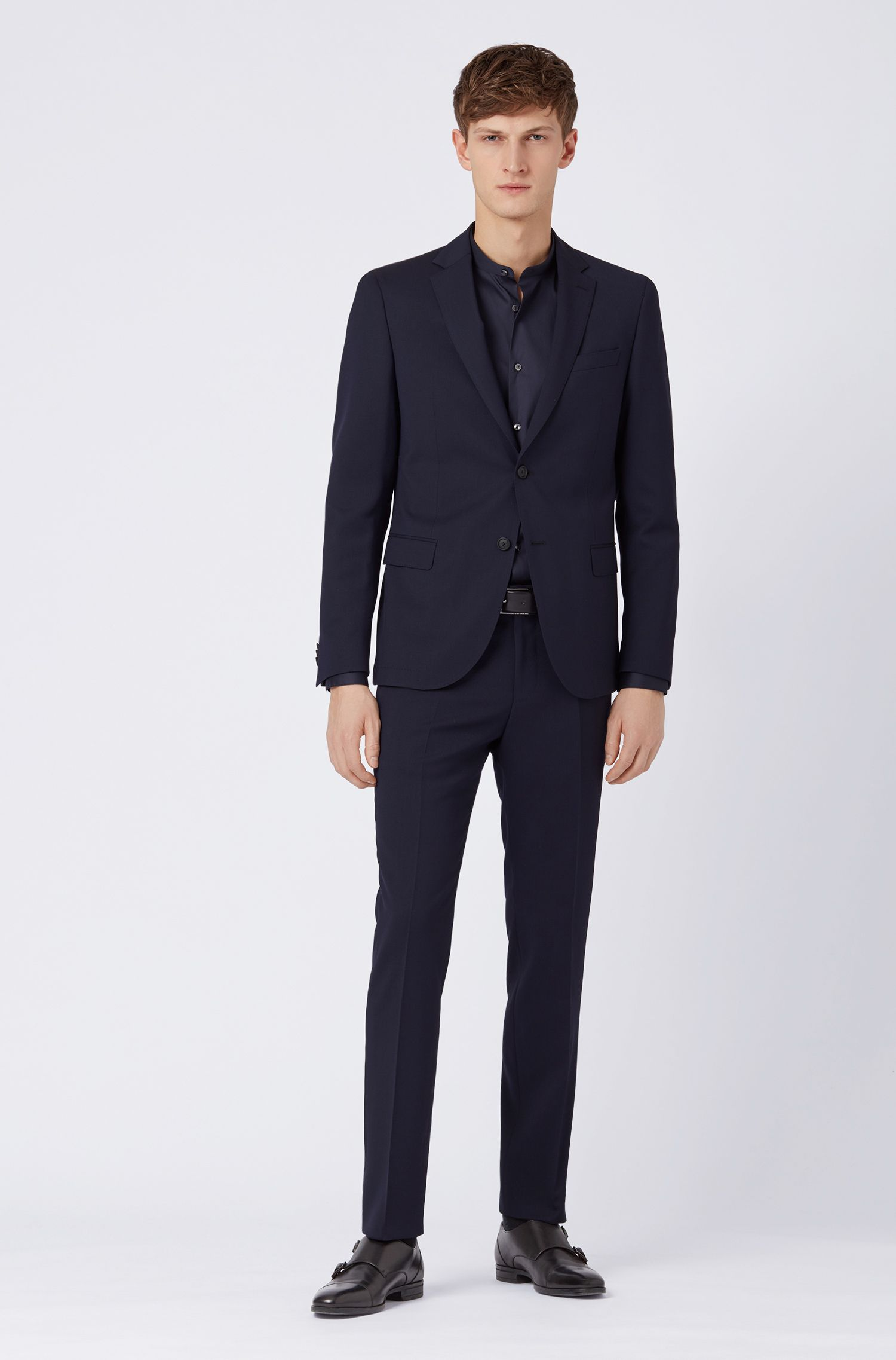 Slim-fit suit in micro-patterned virgin wool, Open Blue