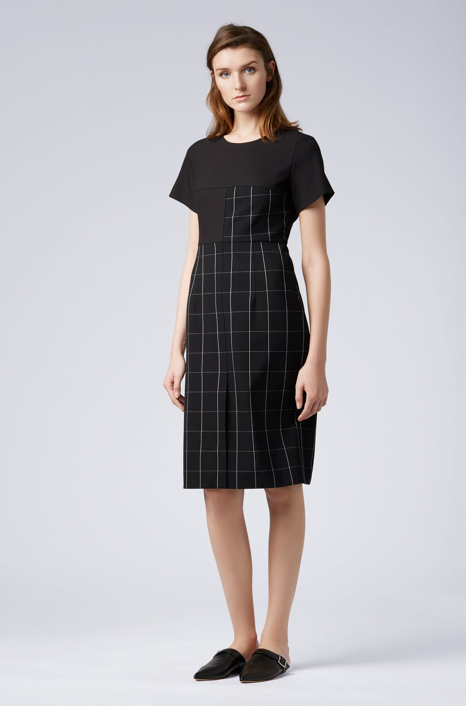 Shift dress in checked fabric with solid-color sleeves, Patterned