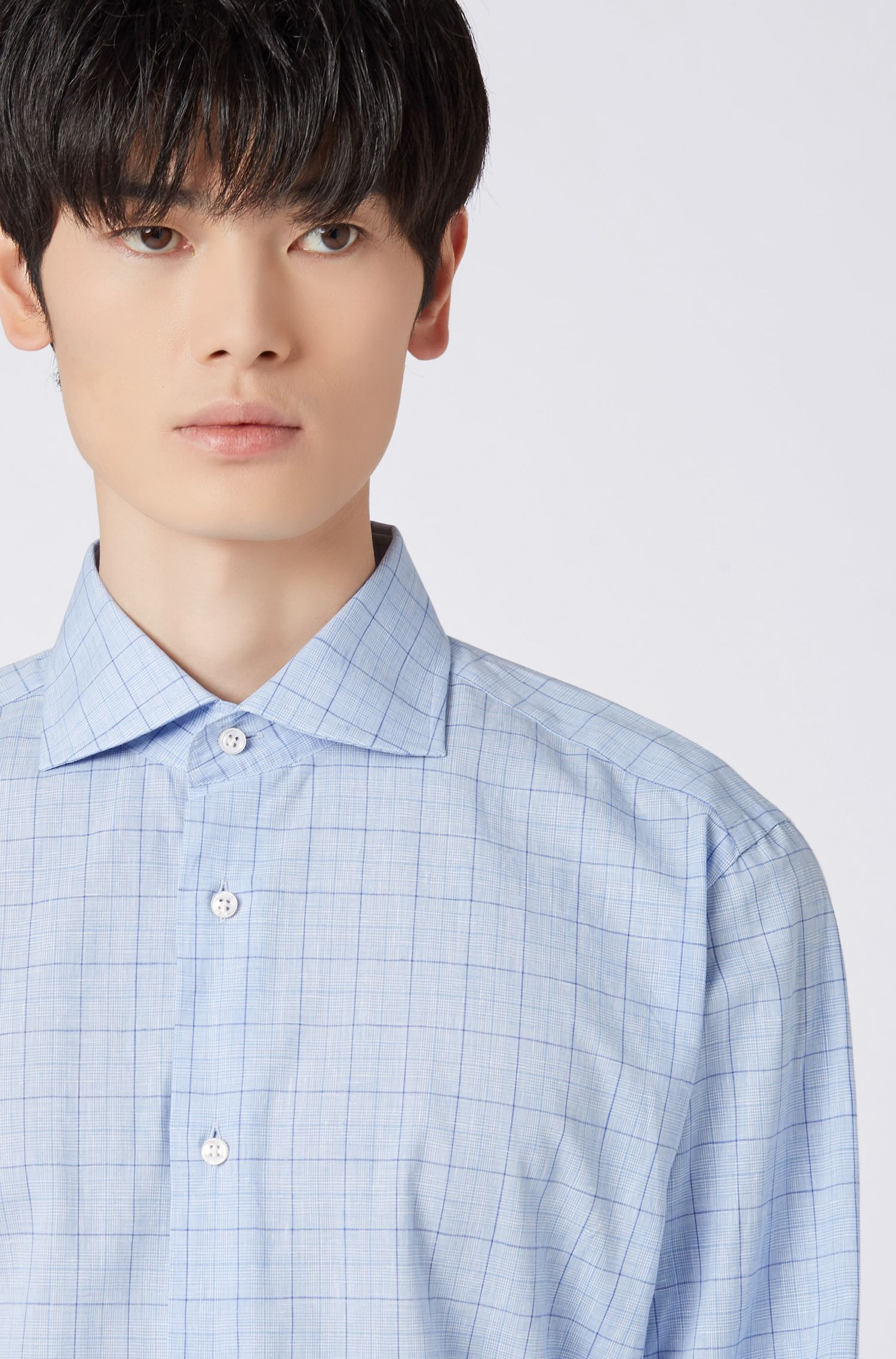 Regular-fit shirt in checkered cotton and linen, Light Blue