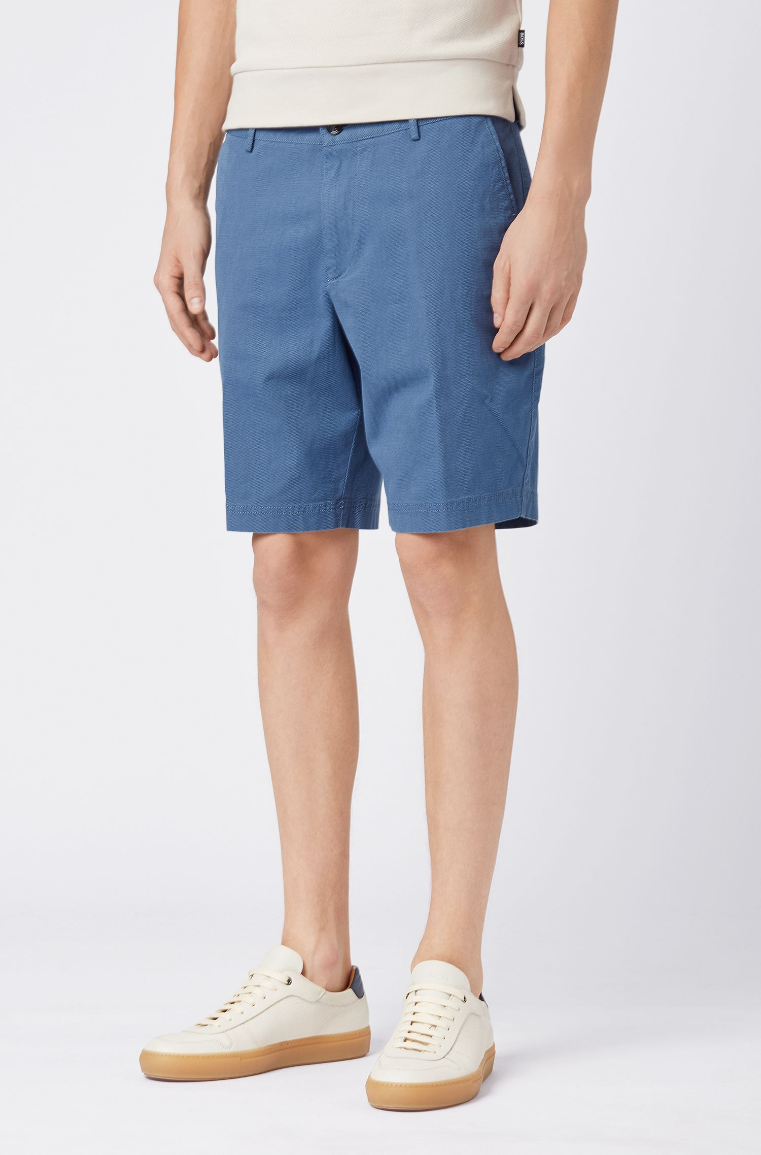 Slim-fit shorts in stretch-cotton dobby, Open Blue