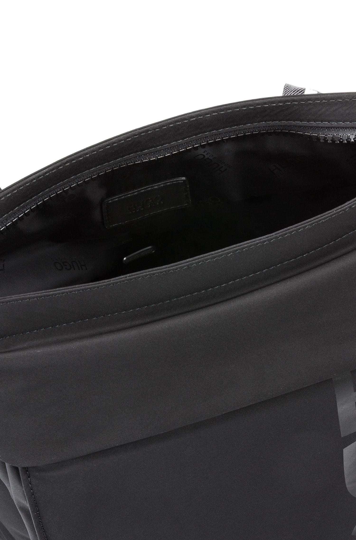 Reporter bag with detachable front pocket and shoulder strap, Black