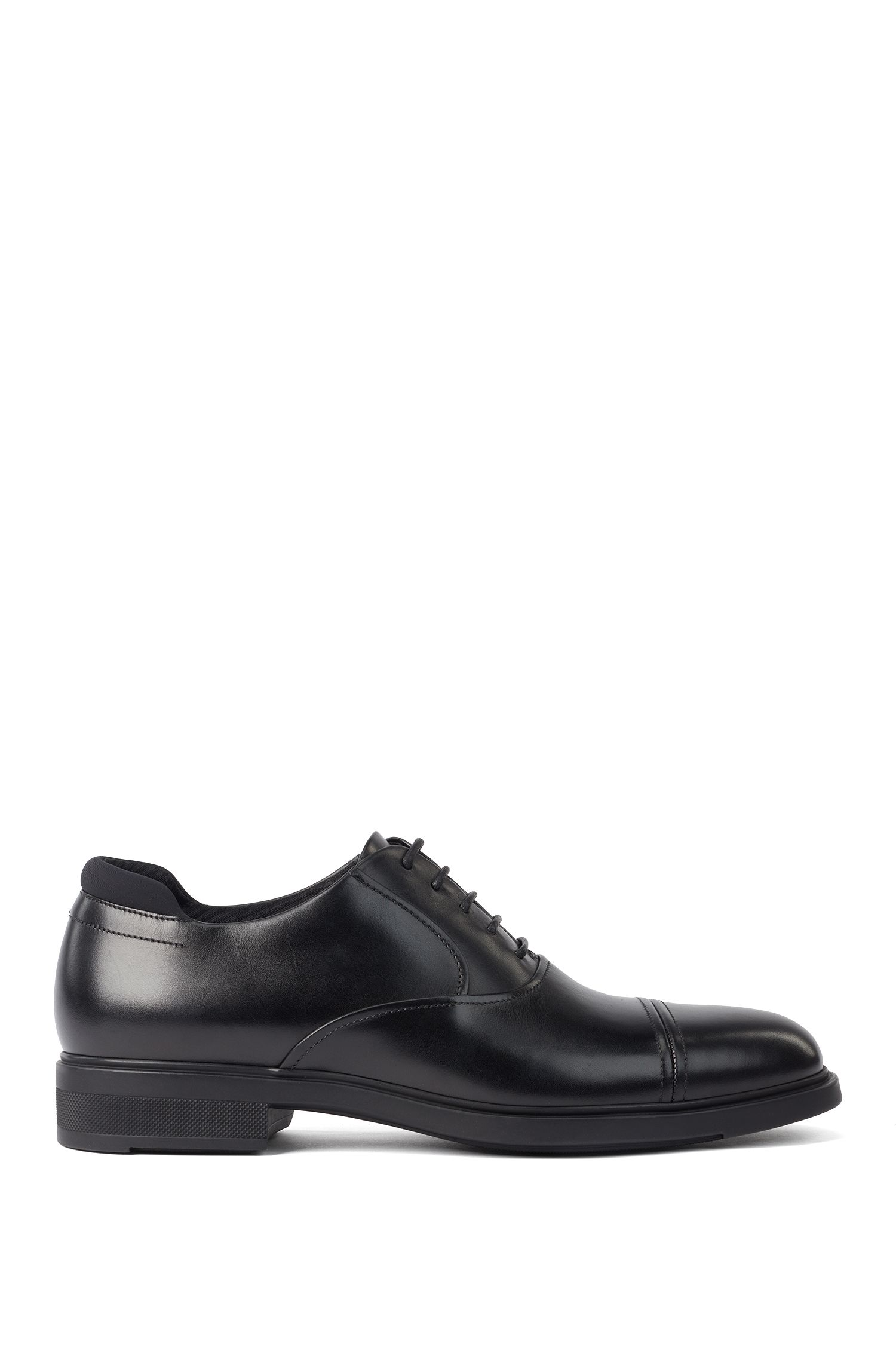 Oxford shoes in box calf leather with Outlast® lining, Black