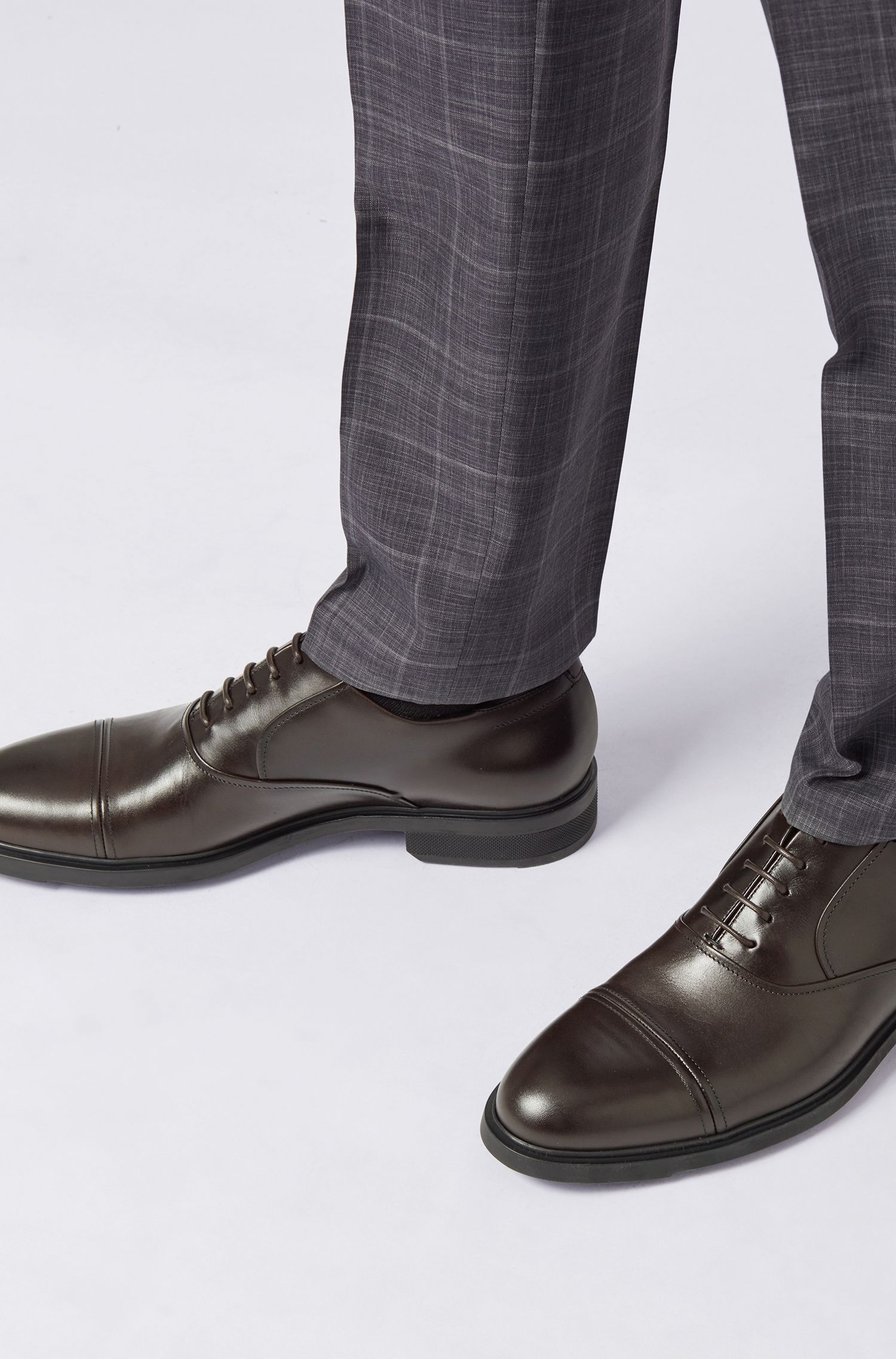Oxford shoes in box calf leather with Outlast® lining, Dark Brown