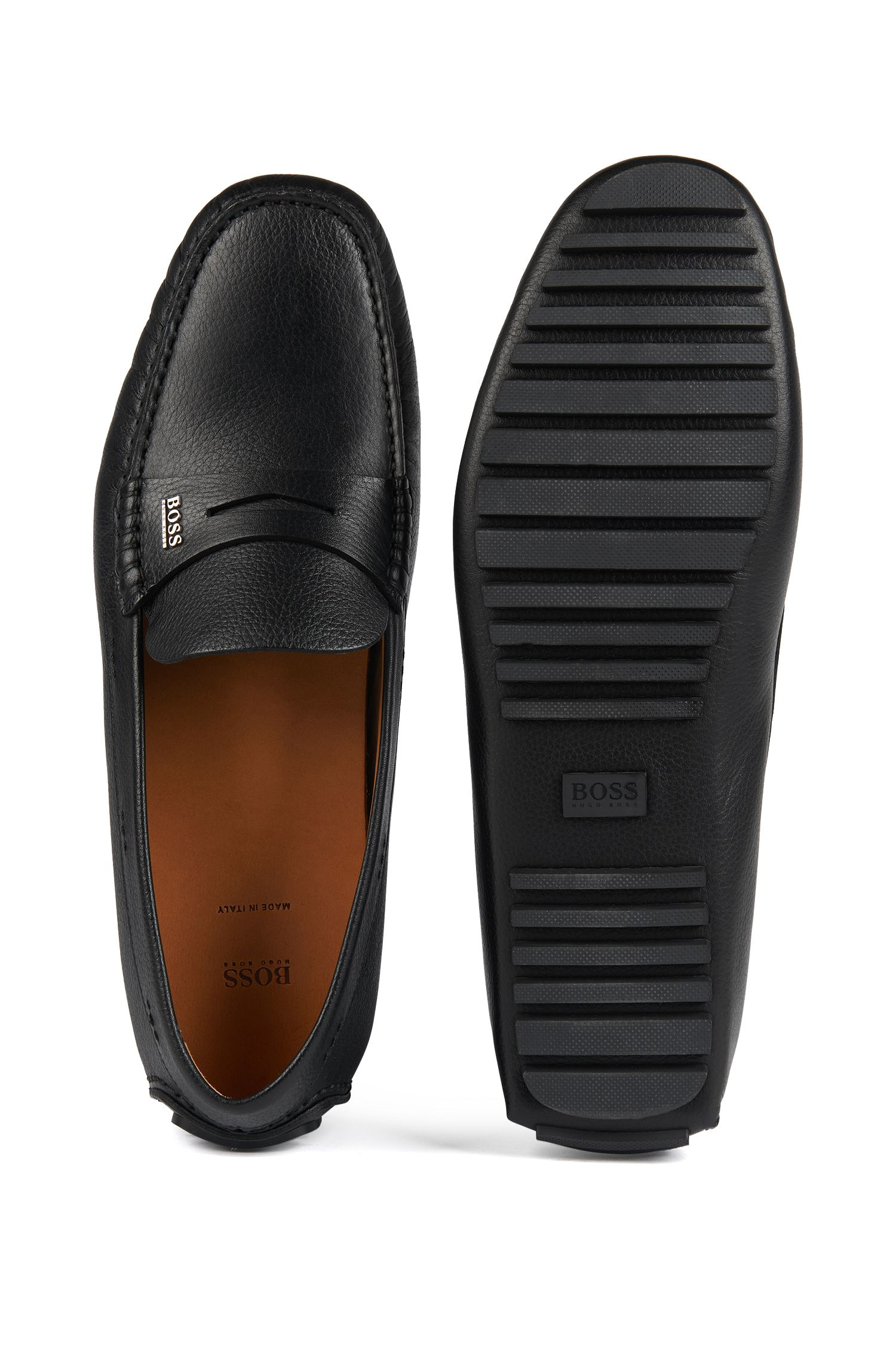 Italian-made driver moccasins in grainy calf leather, Black