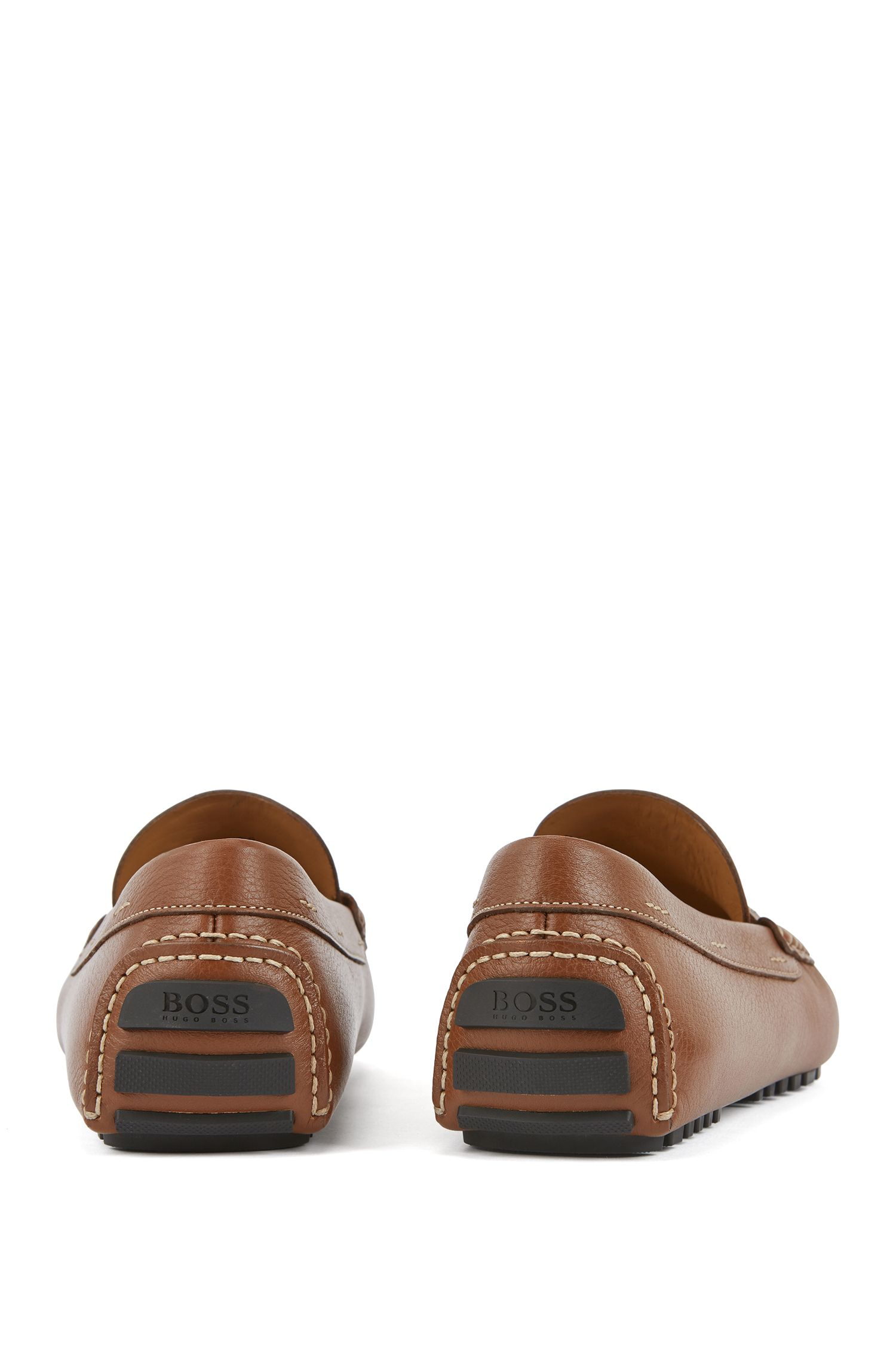 Italian-made driver moccasins in grainy calf leather, Brown