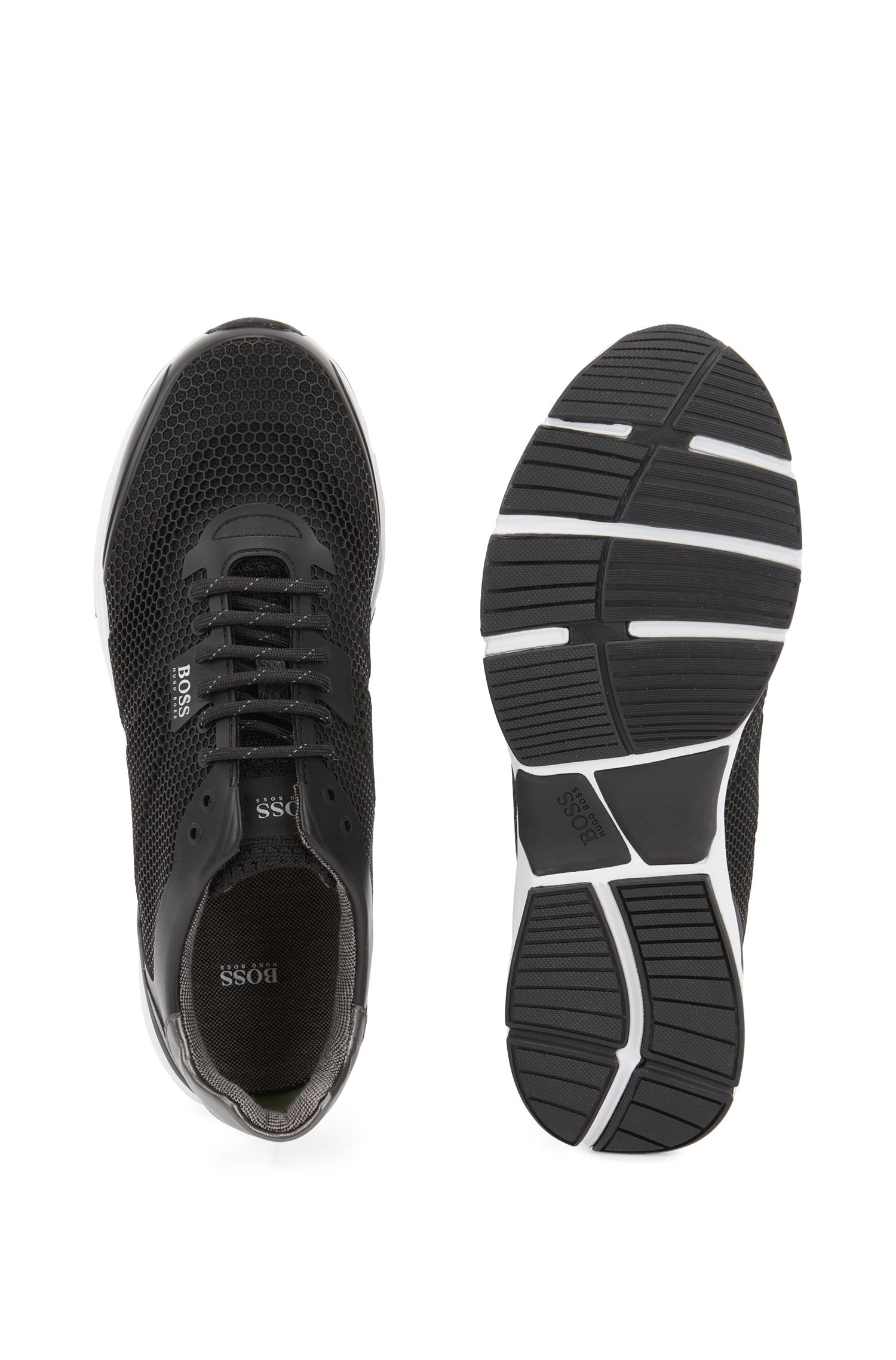 High-performance sneakers in open mesh with printed backing, Black
