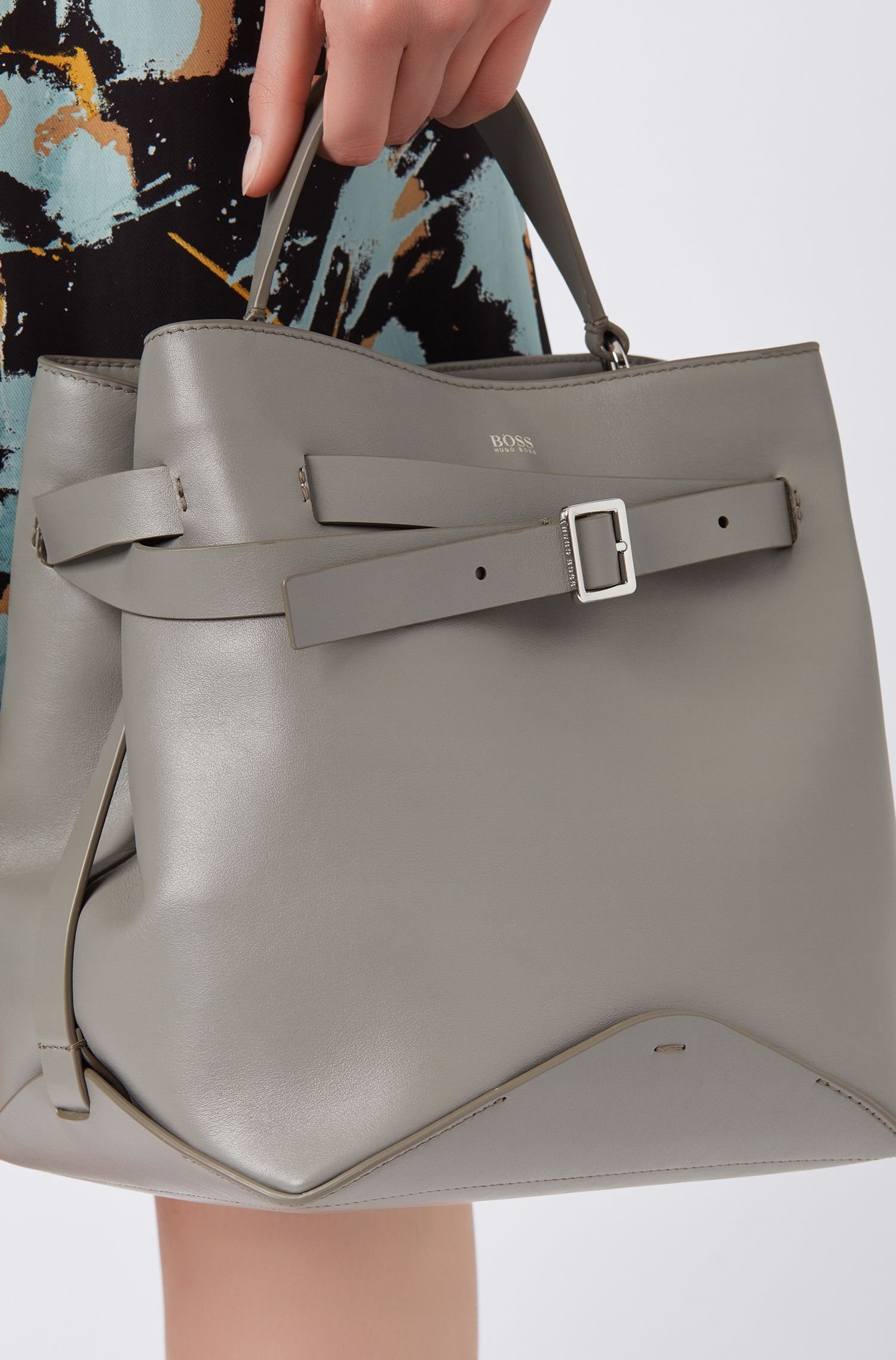 Bucket bag in Italian nappa leather with buckled strap, Open Grey