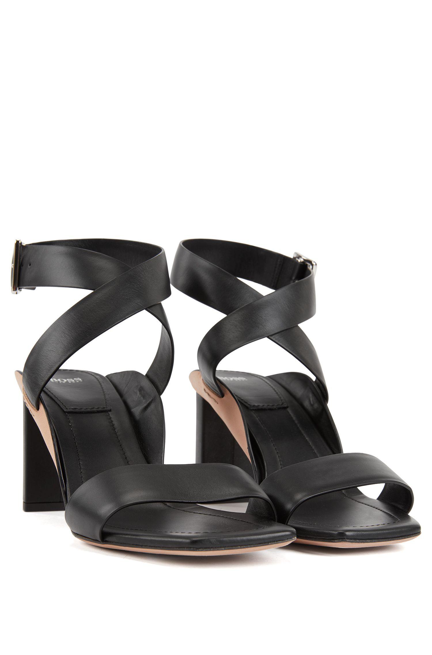 Block-heel leather sandals with wraparound straps, Open Grey