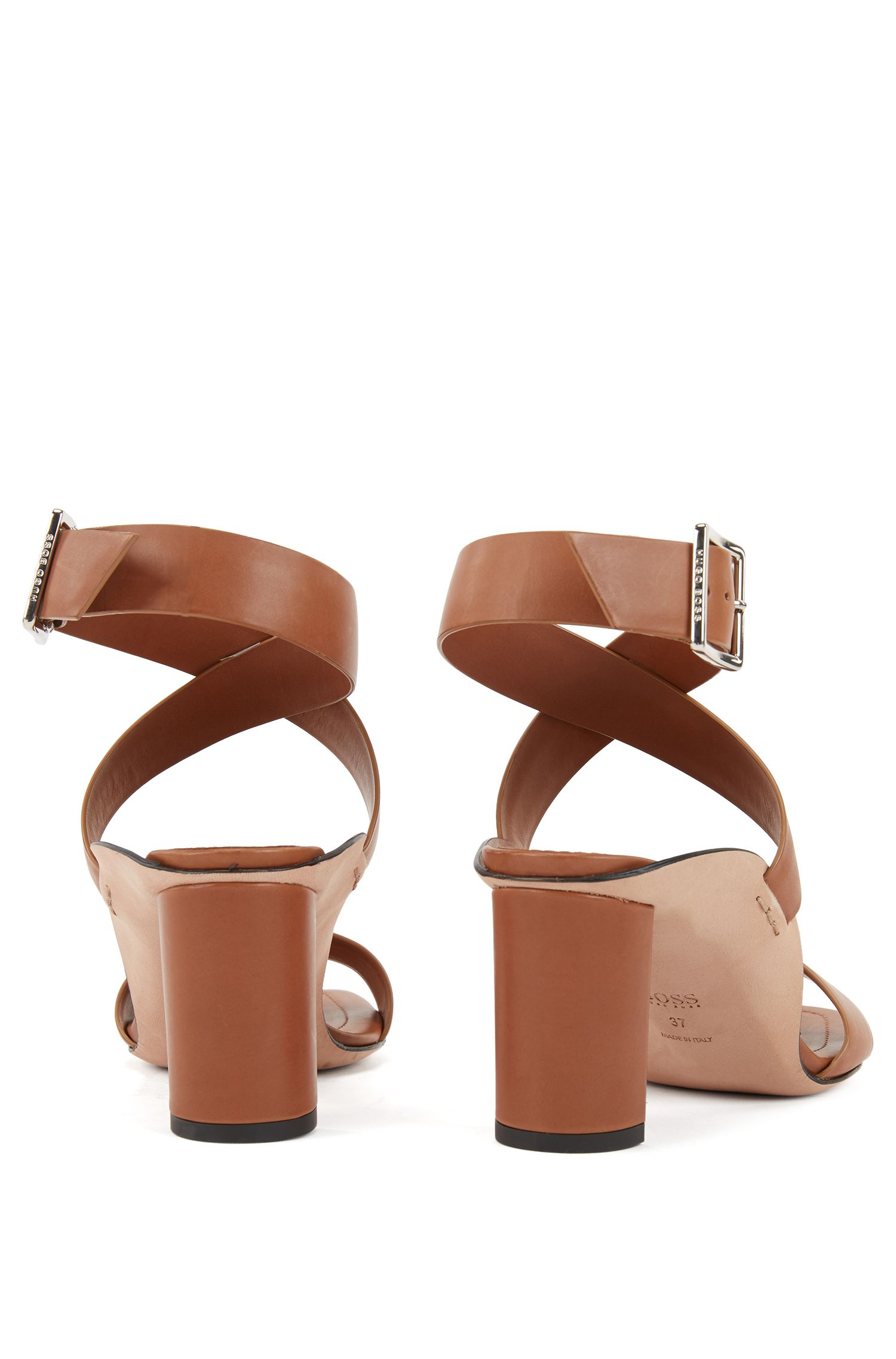 Block-heel leather sandals with wraparound straps, Light Brown