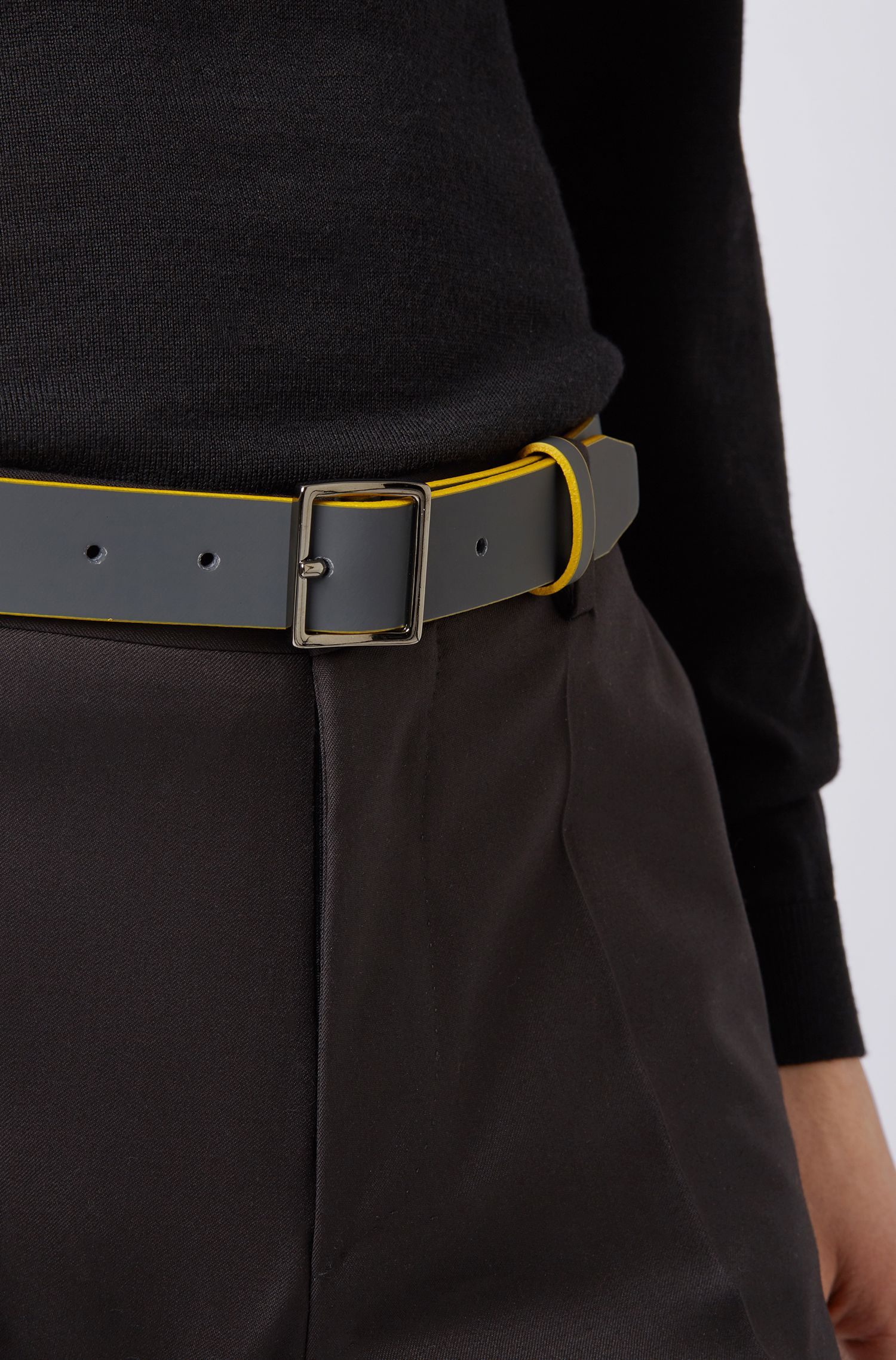 Bicolored belt in rubberized leather with square buckle, Dark Grey