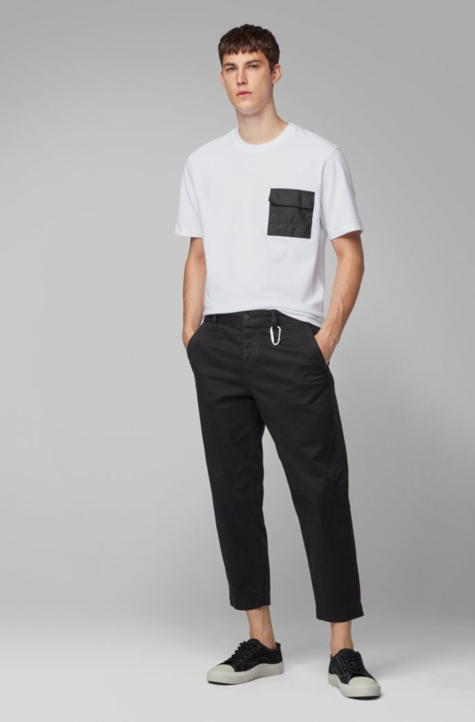 Relaxed-fit T-shirt in cotton jersey with Tyvek® pocket