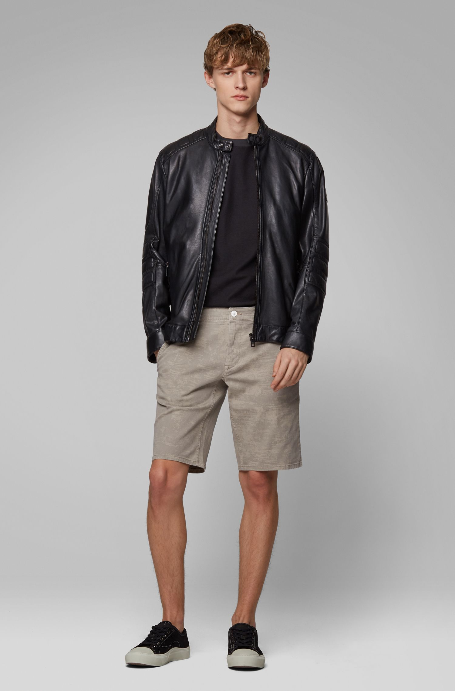 Straight-leg shorts in pigment-printed stretch-cotton twill, Light Beige