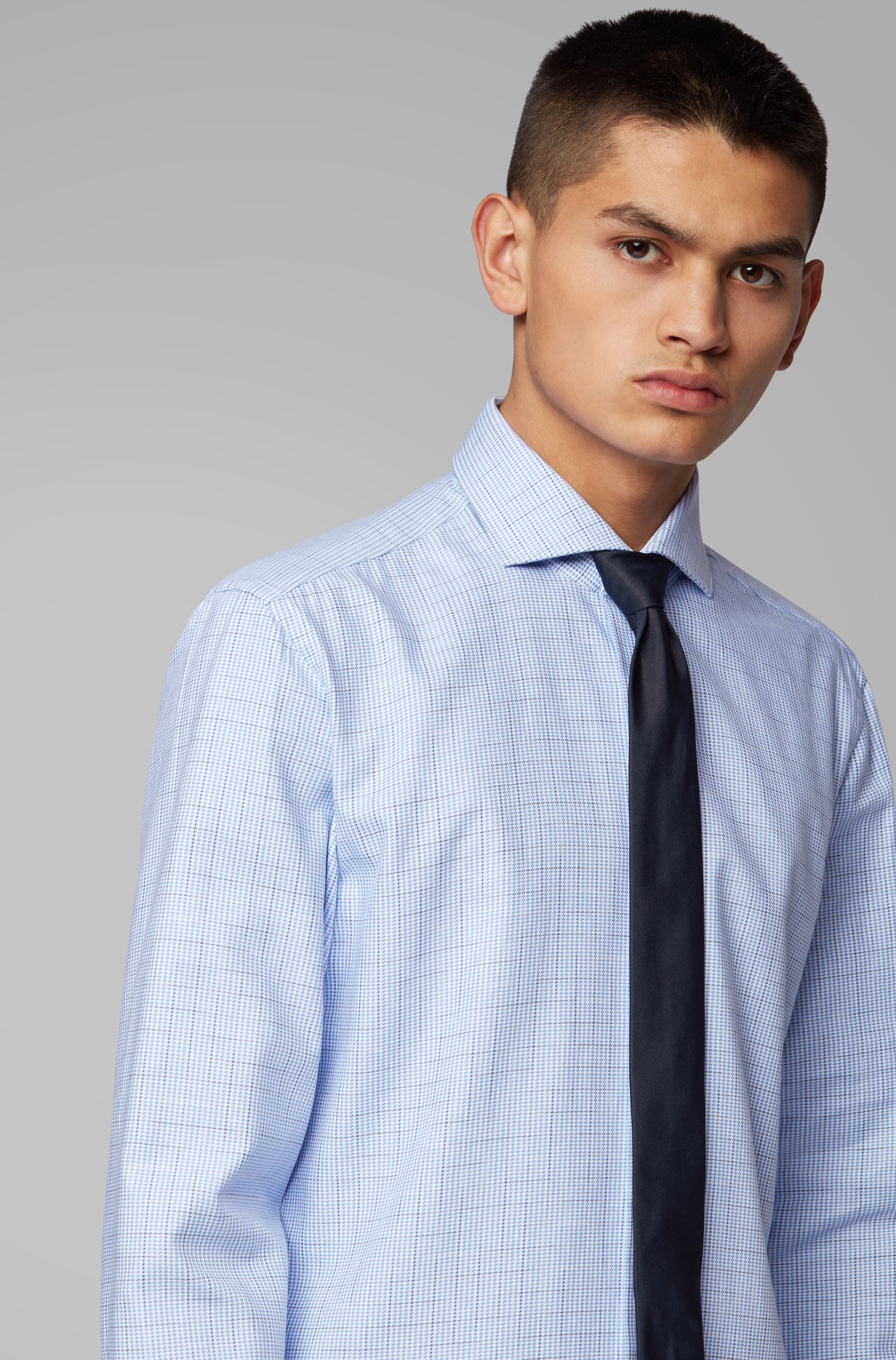 Slim-fit shirt in cotton twill with irregular check, Light Blue